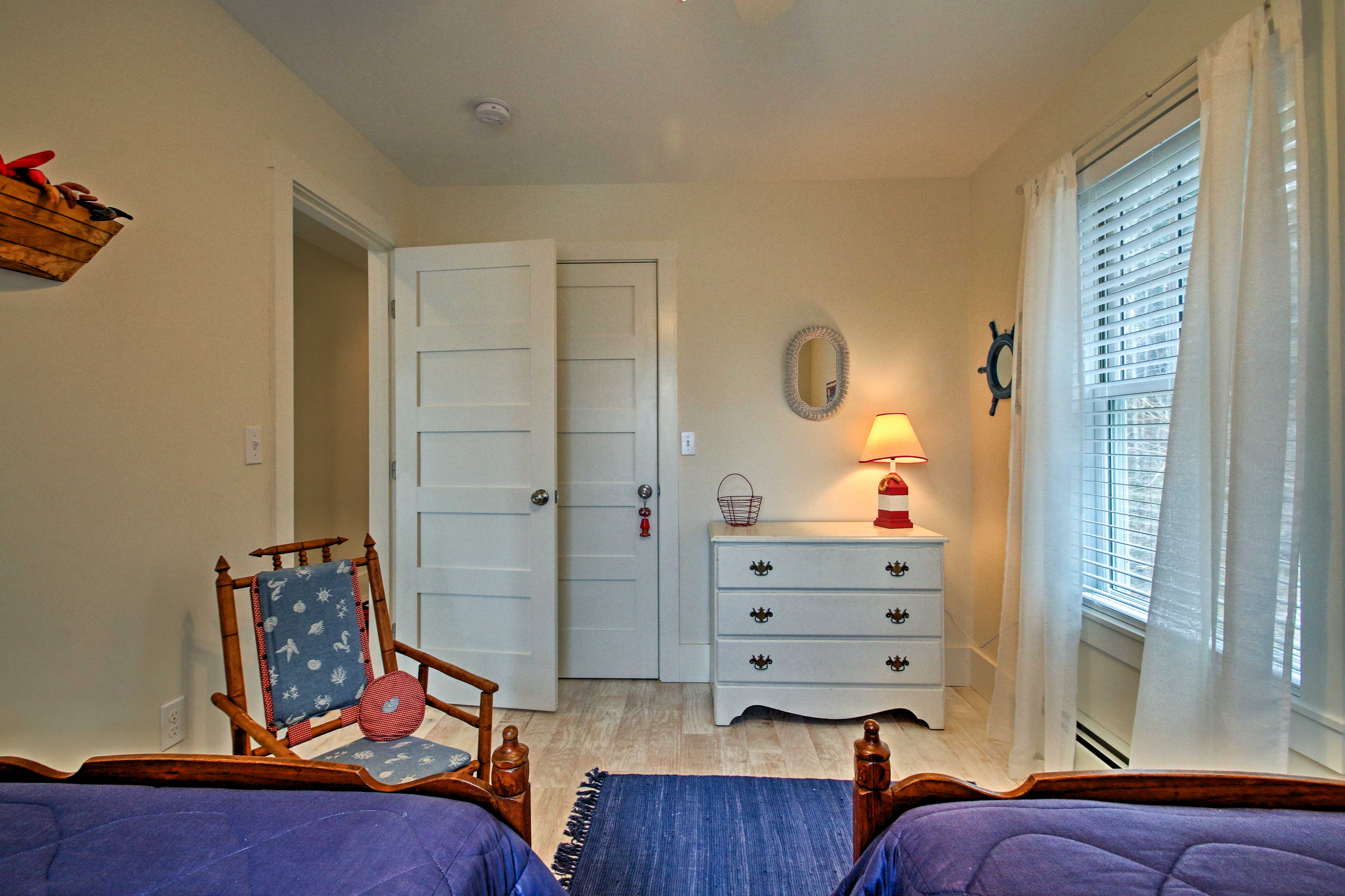 This room accommodates 2 with twin beds.