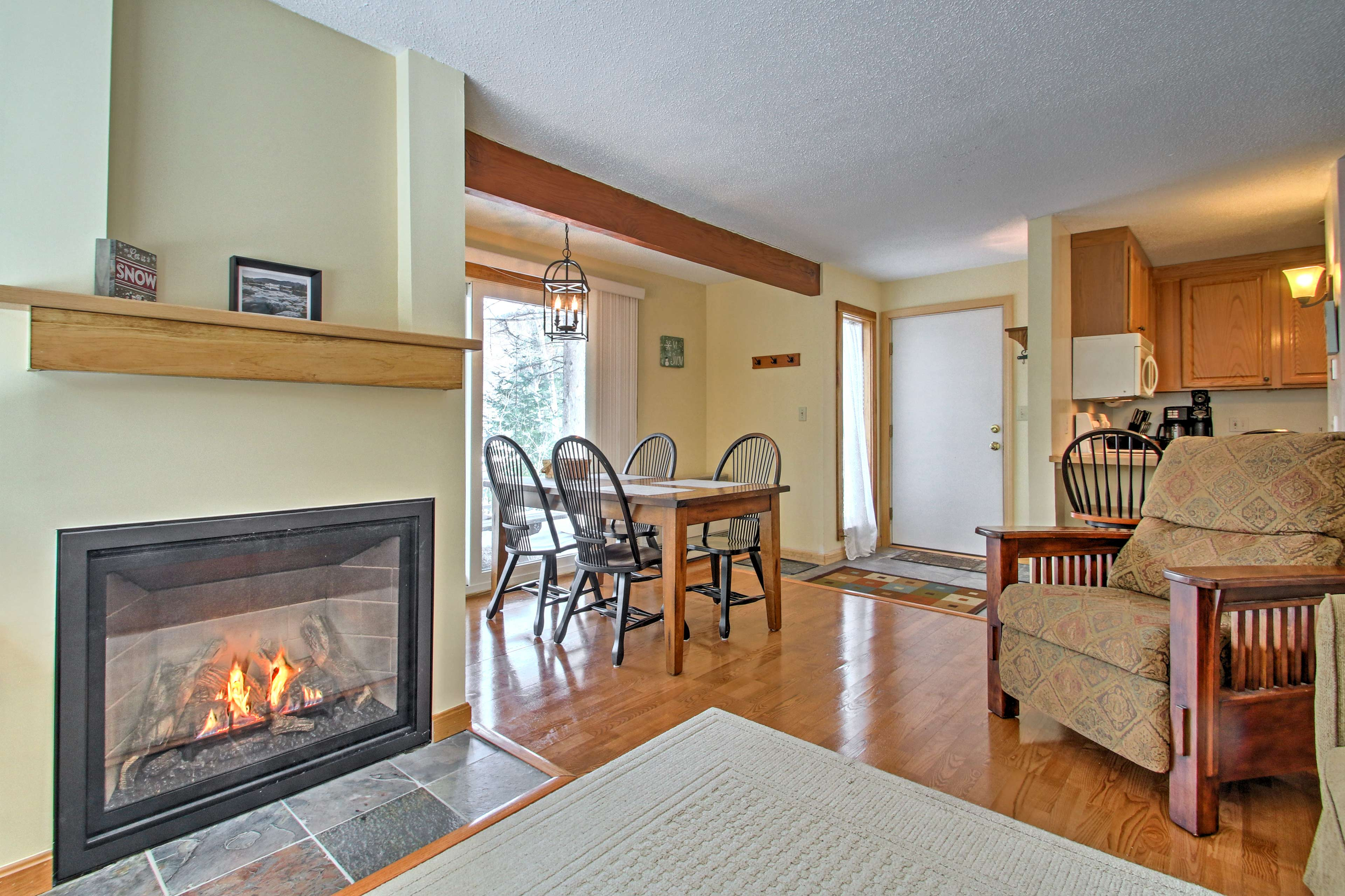 Unwind at this vacation rental condo in Waterville Valley.