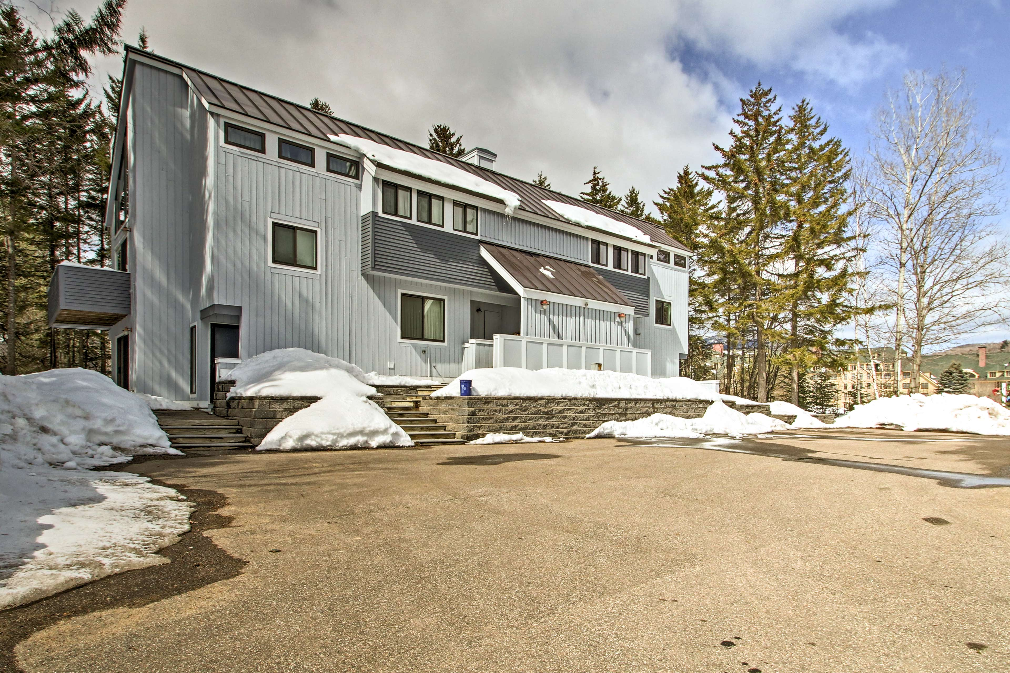 You'll be just minutes from Waterville Valley Ski Area.