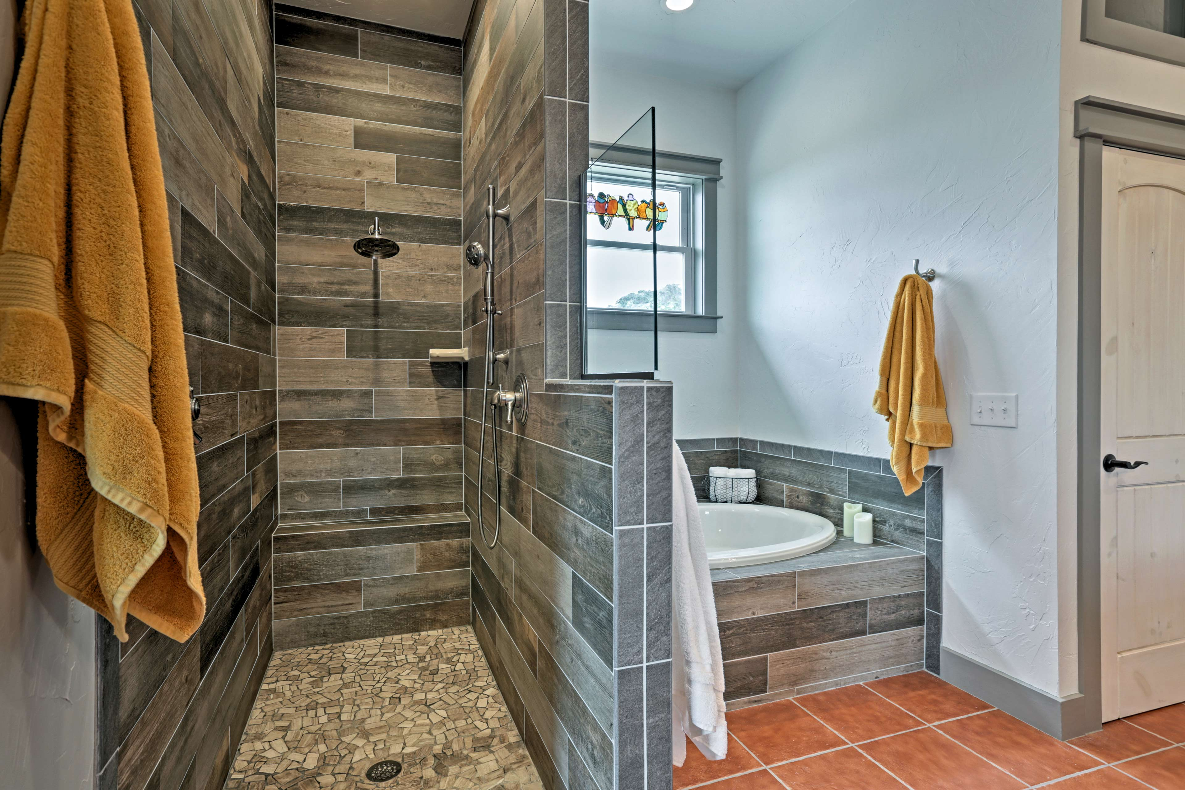 There's even a full en-suite bathroom connected to the master bedroom.