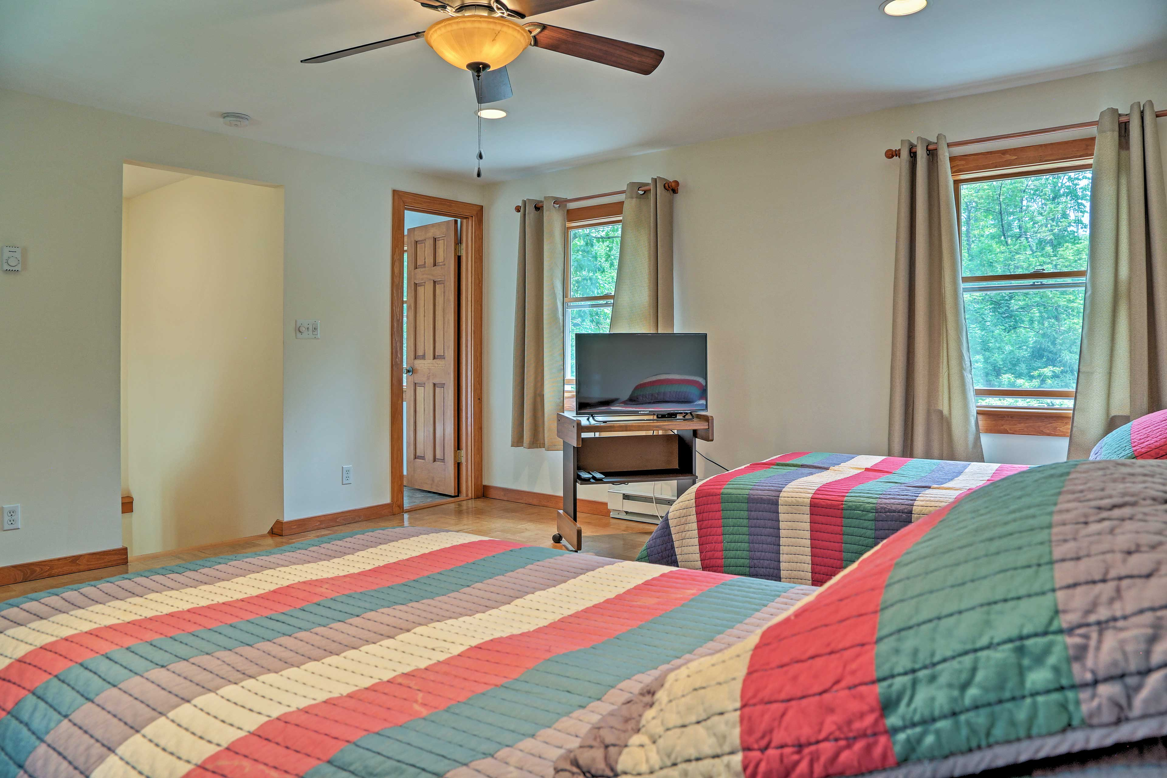 With 2 twin beds, this room comfortably sleeps 2 guests.