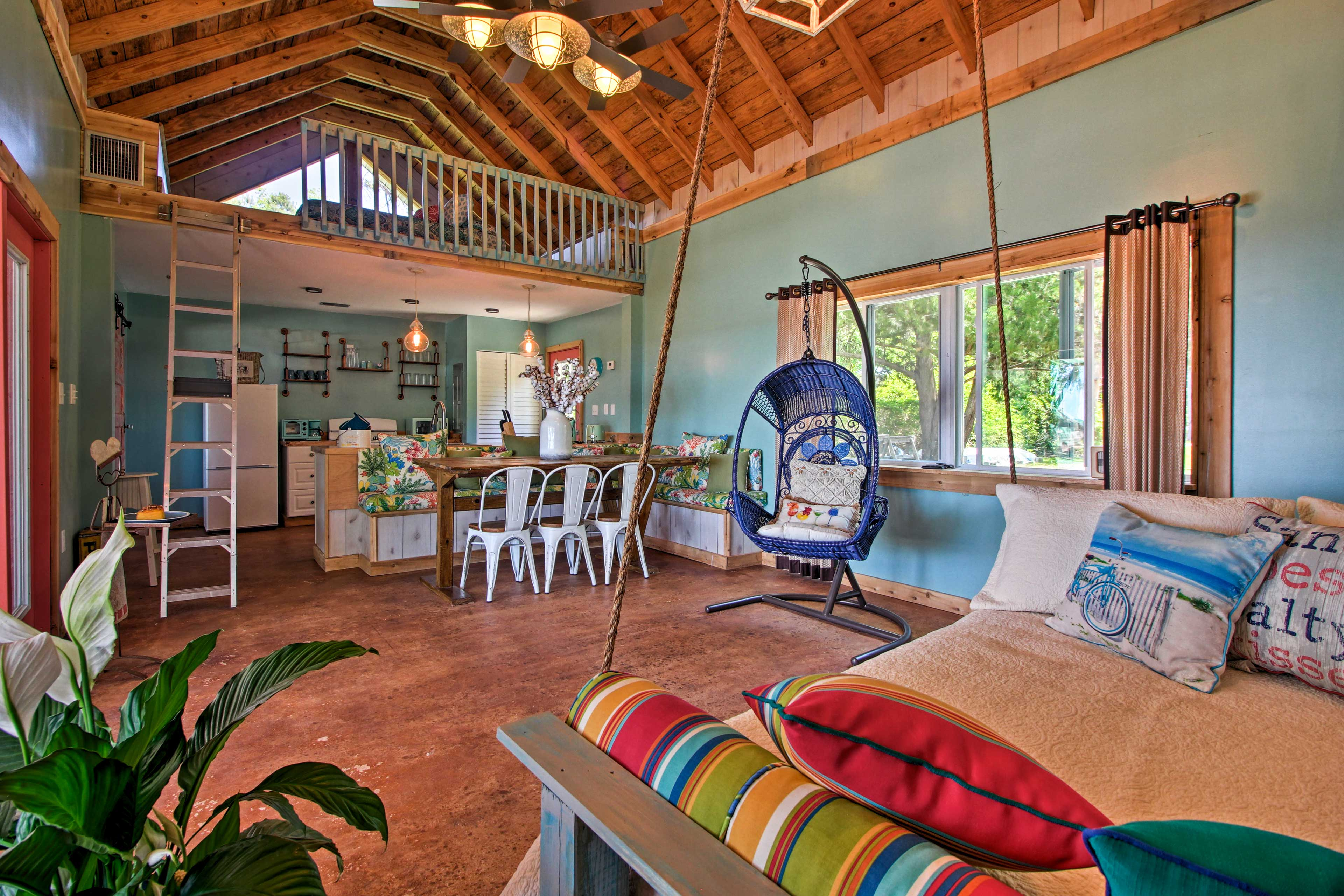 Your Midway escape begins at this 1-bd, 1-ba studio cottage.