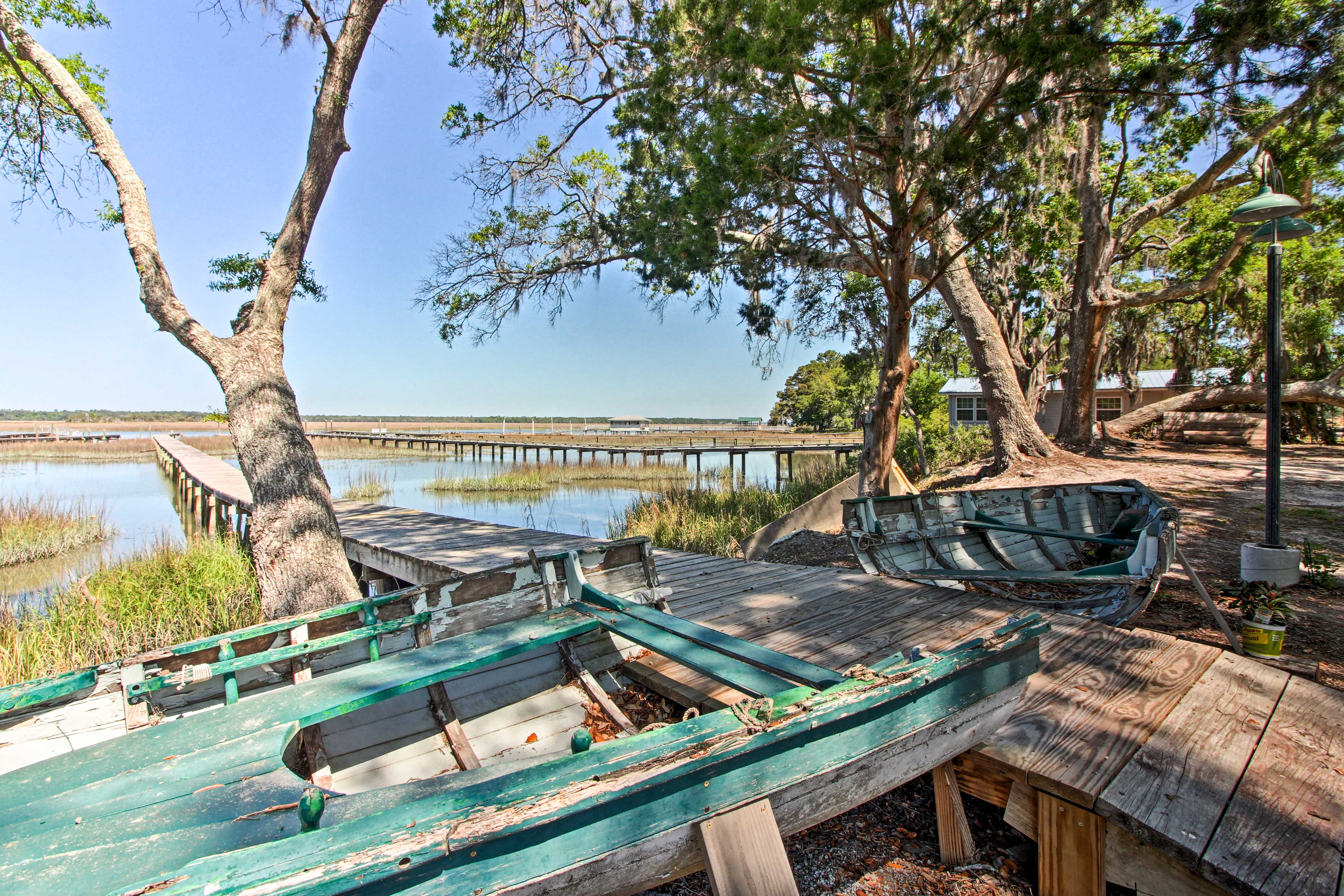 Escape the cool shade of the tree-lined property in search for some Vitamin D!