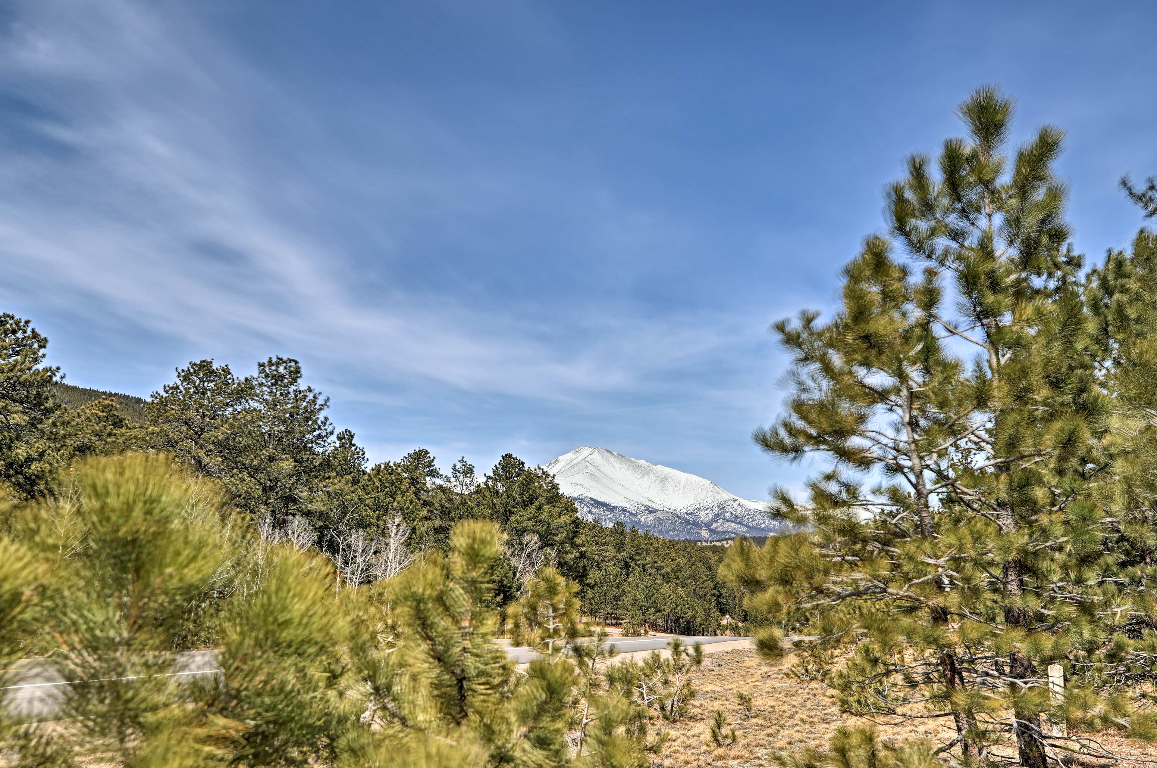 Wander the grounds to unveil majestic mountain views!