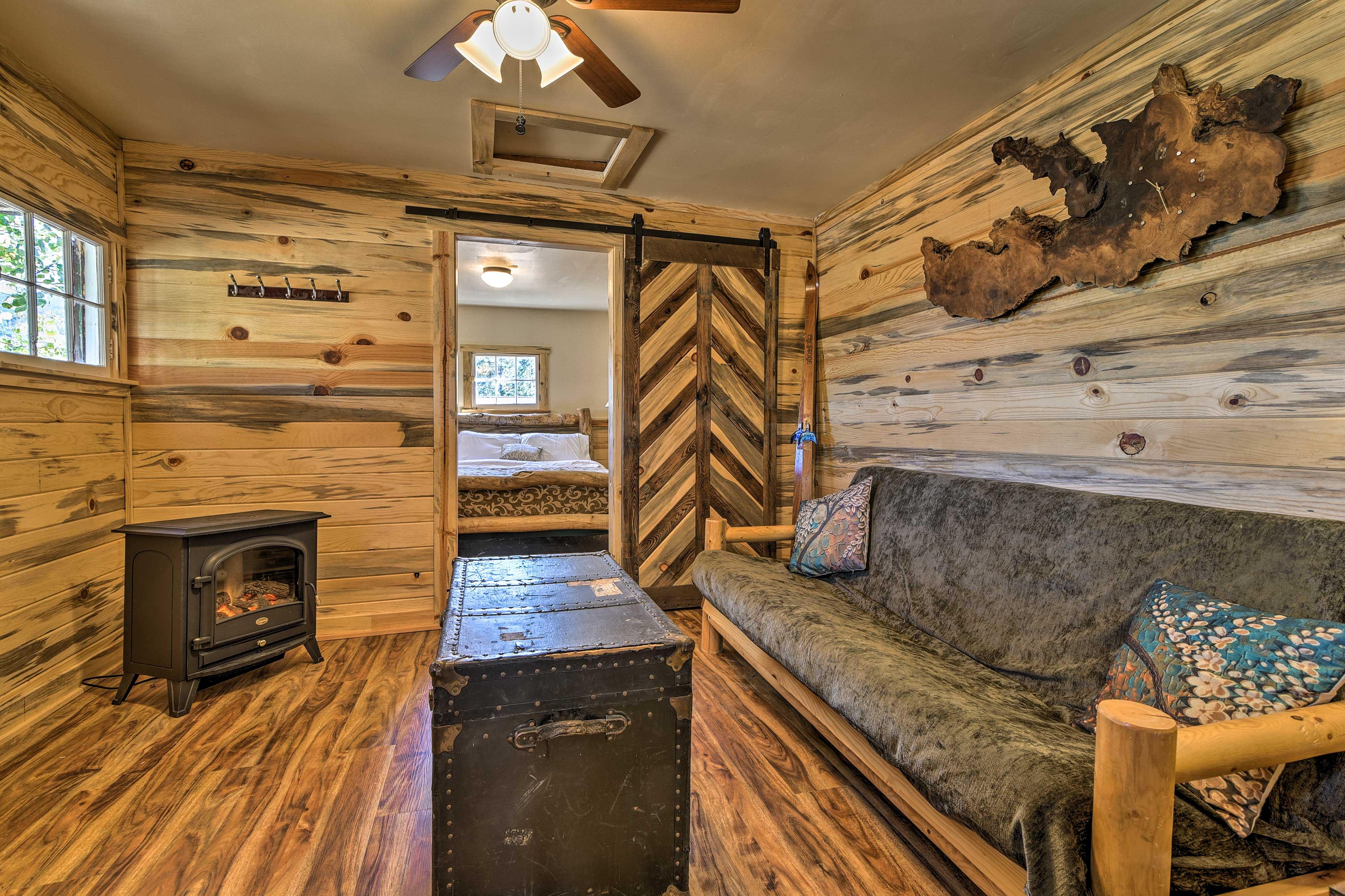 The 'Hiawatha' has 1 bedroom, 1 bathroom, and room to sleep 4 guests!