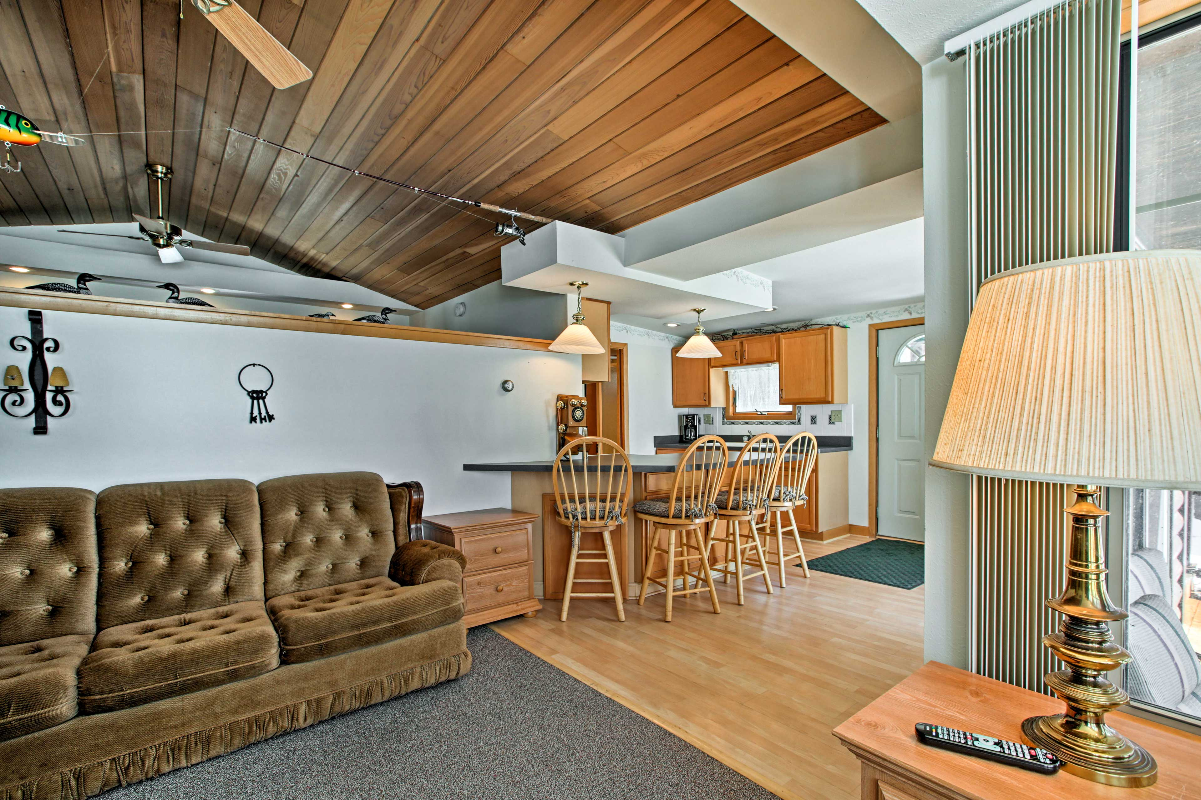 No one is ever left out of the conversation in this open-concept layout.