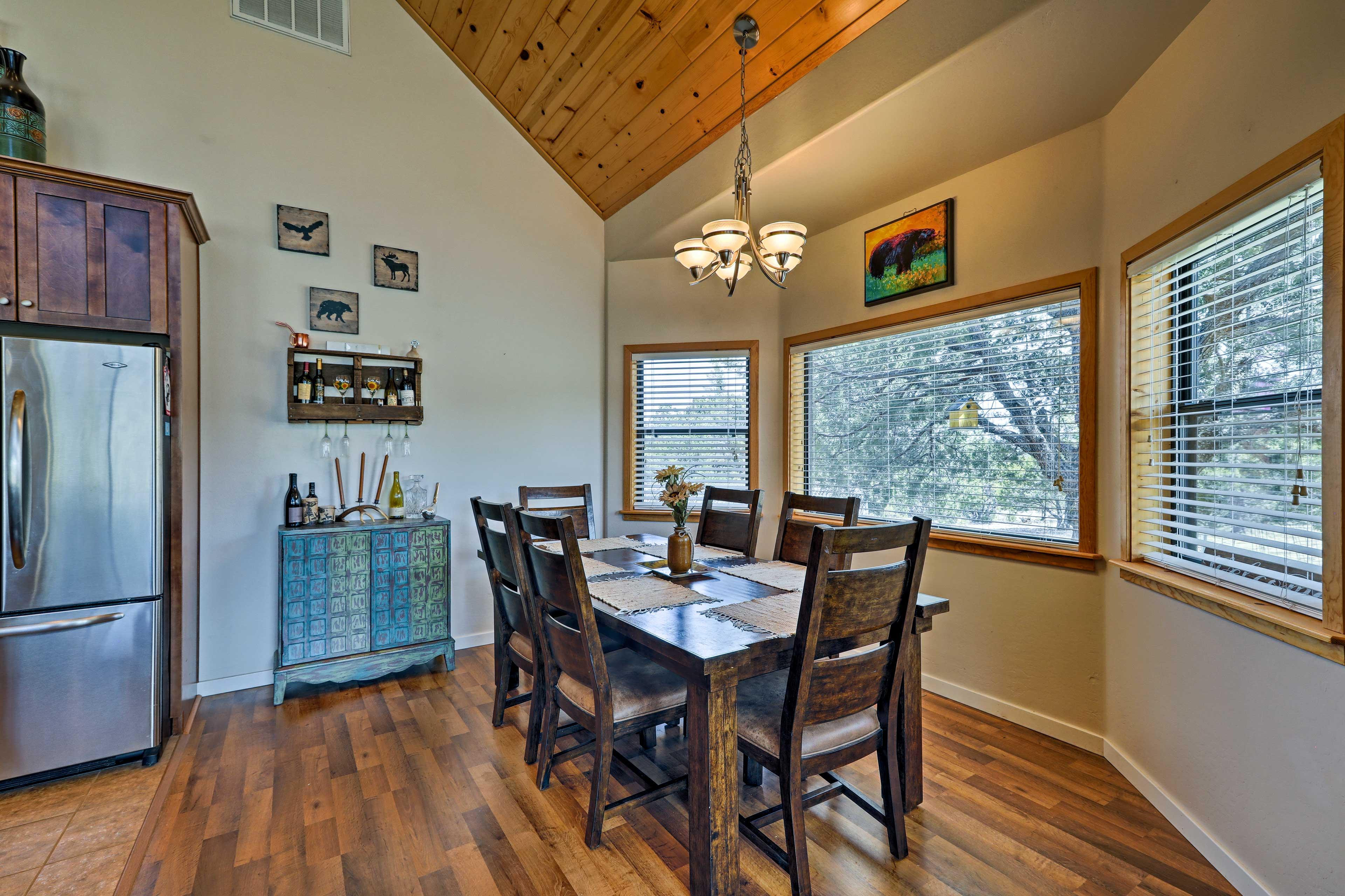 Enjoy holiday meals at the 6-person dining table.