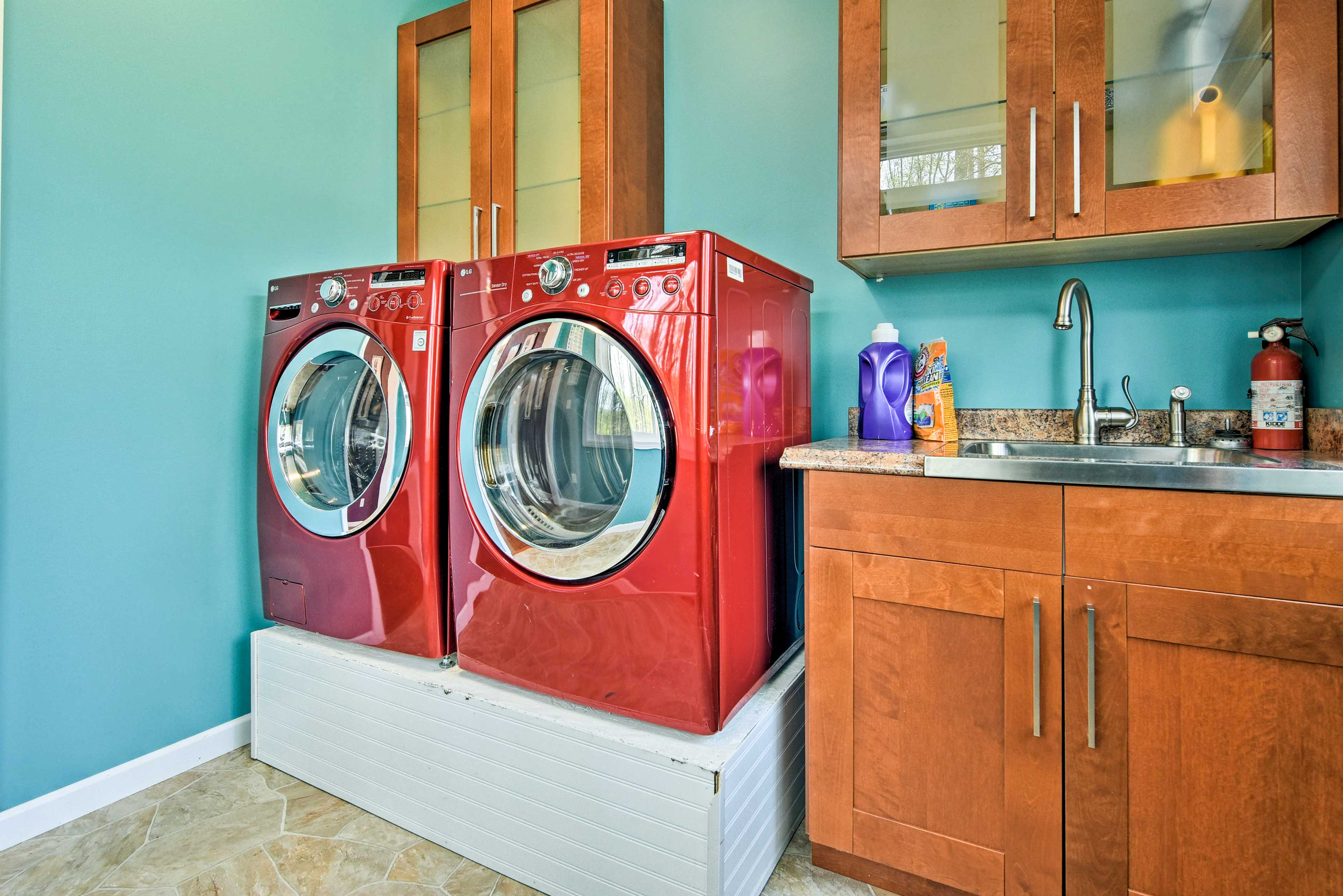 Pack light and keep your wardrobe fresh with these laundry machines.