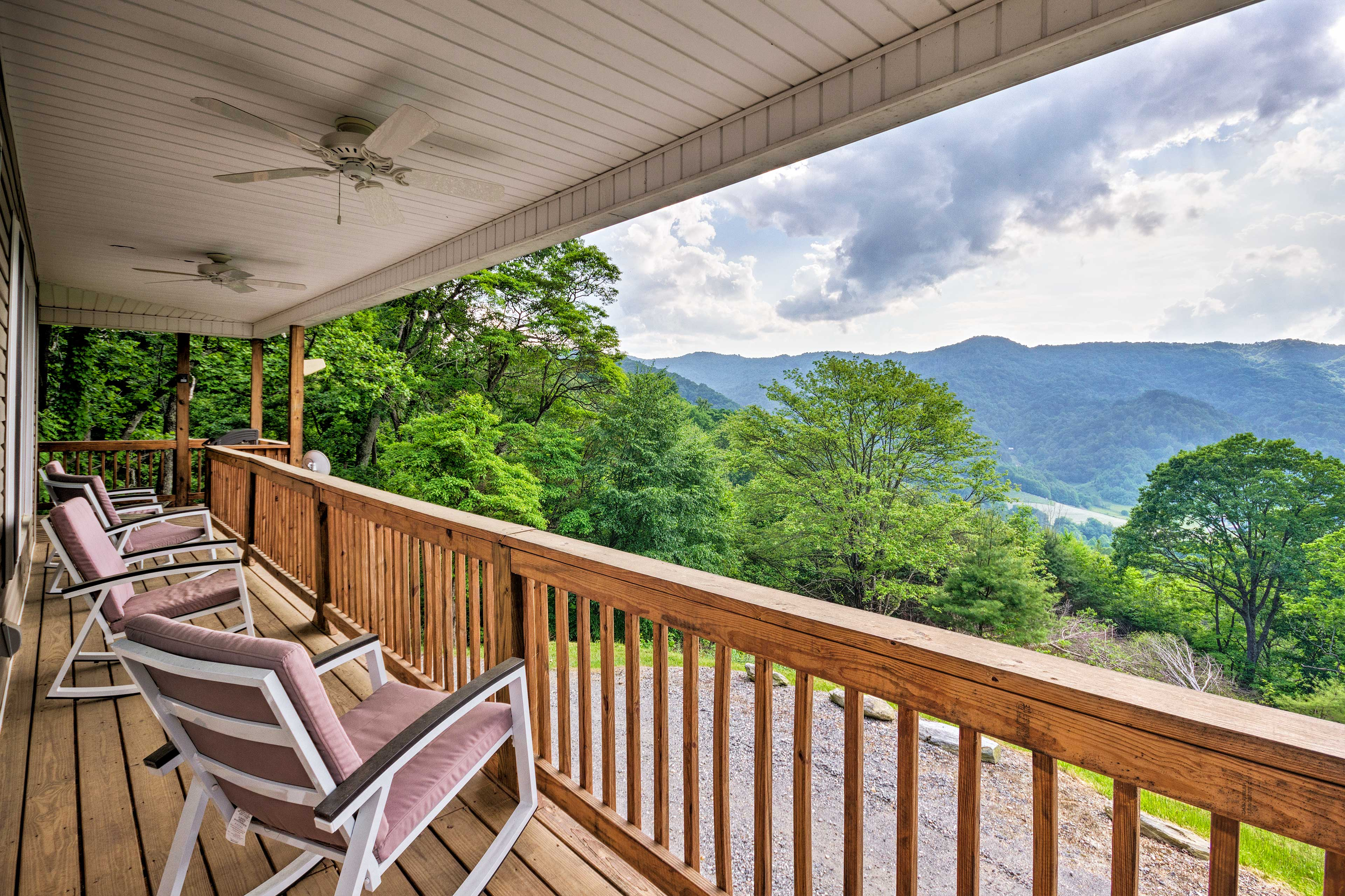 Make this beautiful mountain manor in Marshall your next vacation destination.