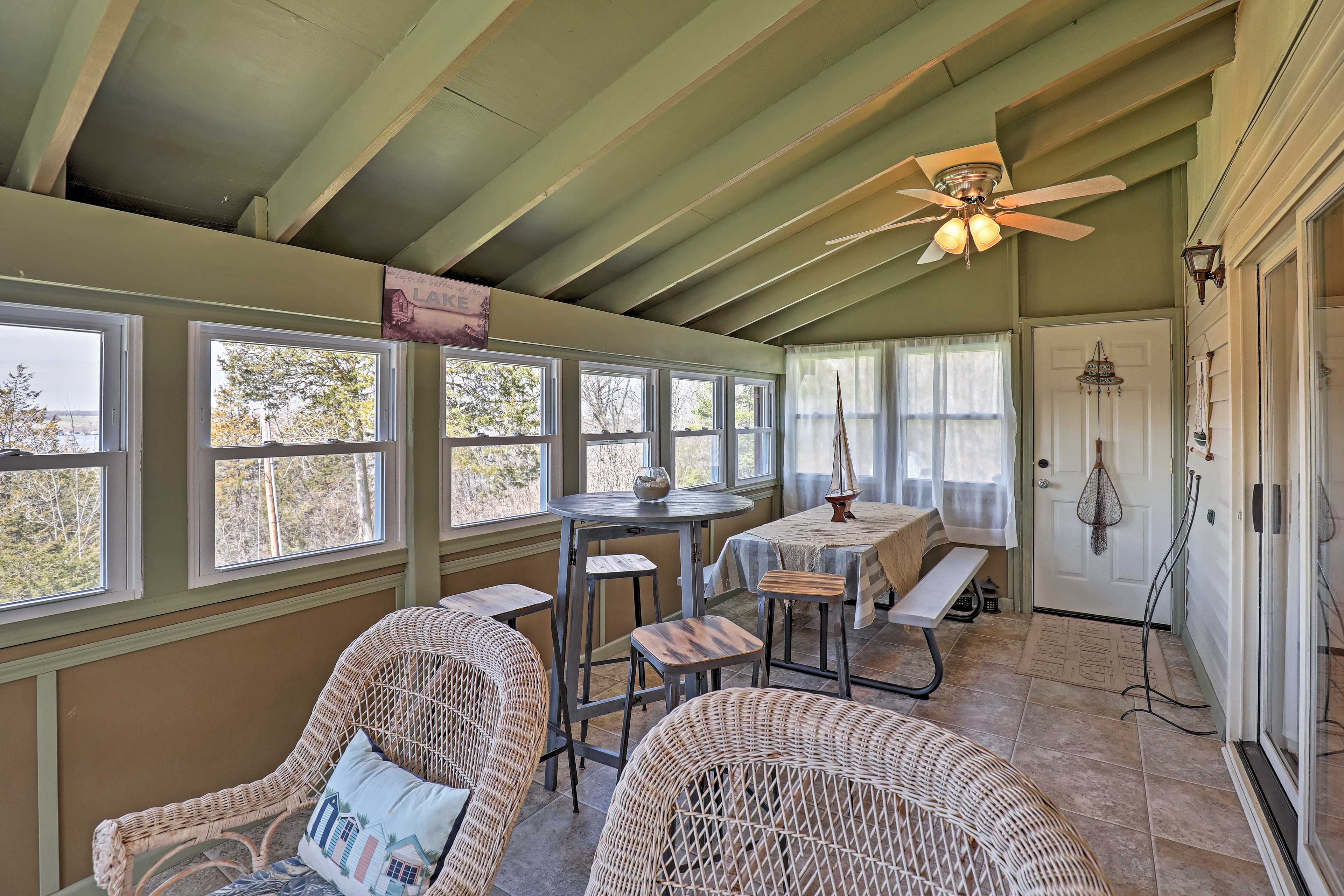 It's the perfect space to sip coffee and enjoy the lake views.