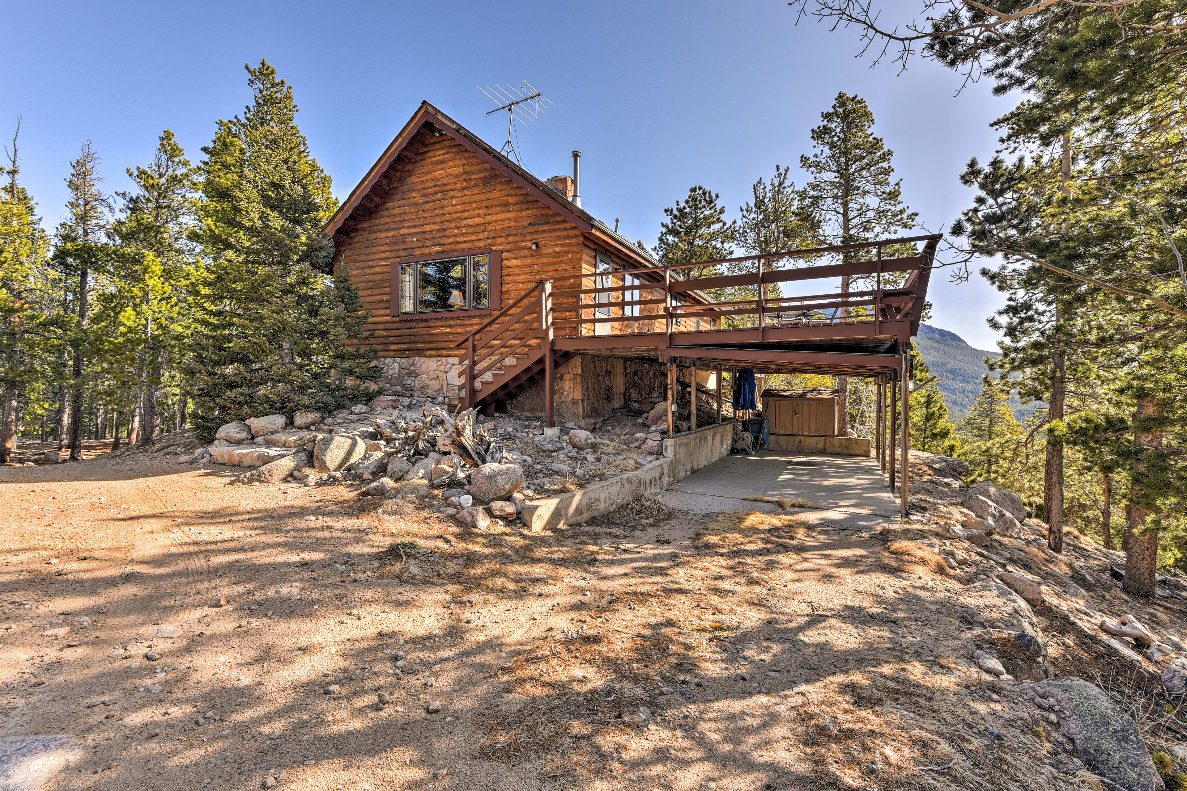 Embrace mountain living at this 2-bedroom, 1.5-bathroom vacation rental home!