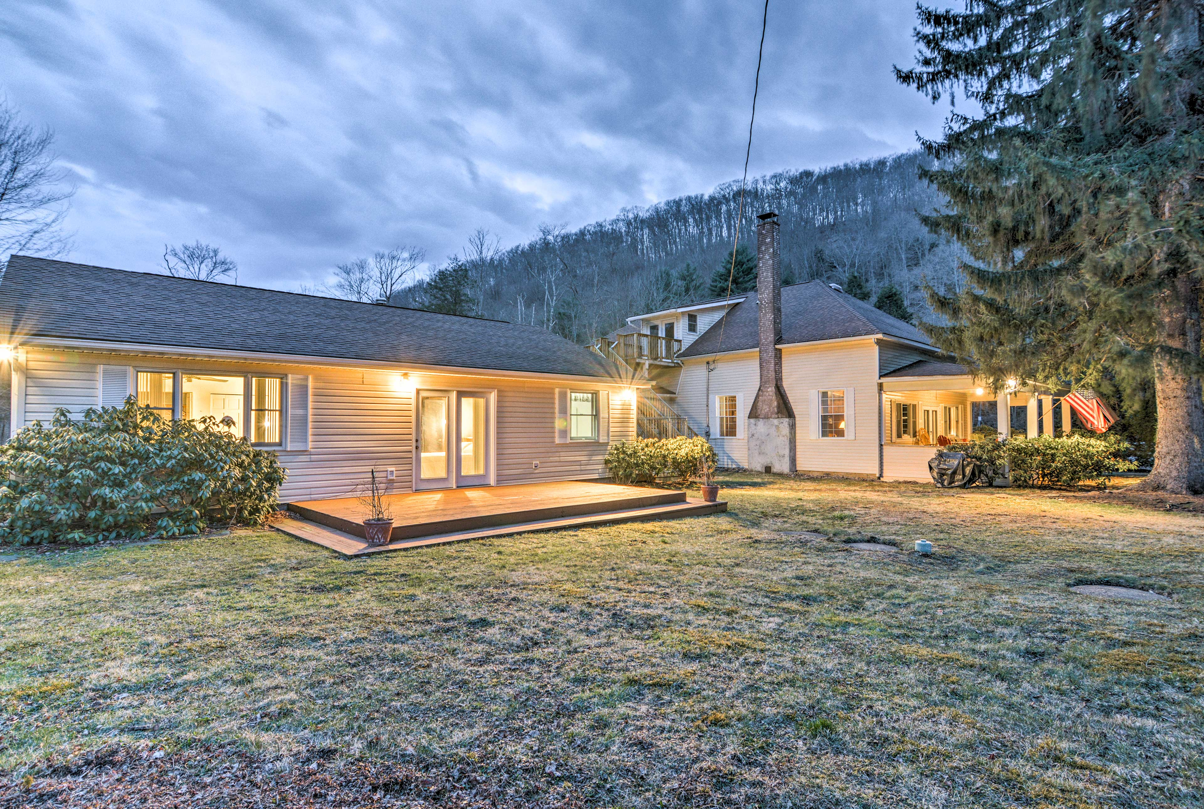 This home is perfect for your next family retreat.