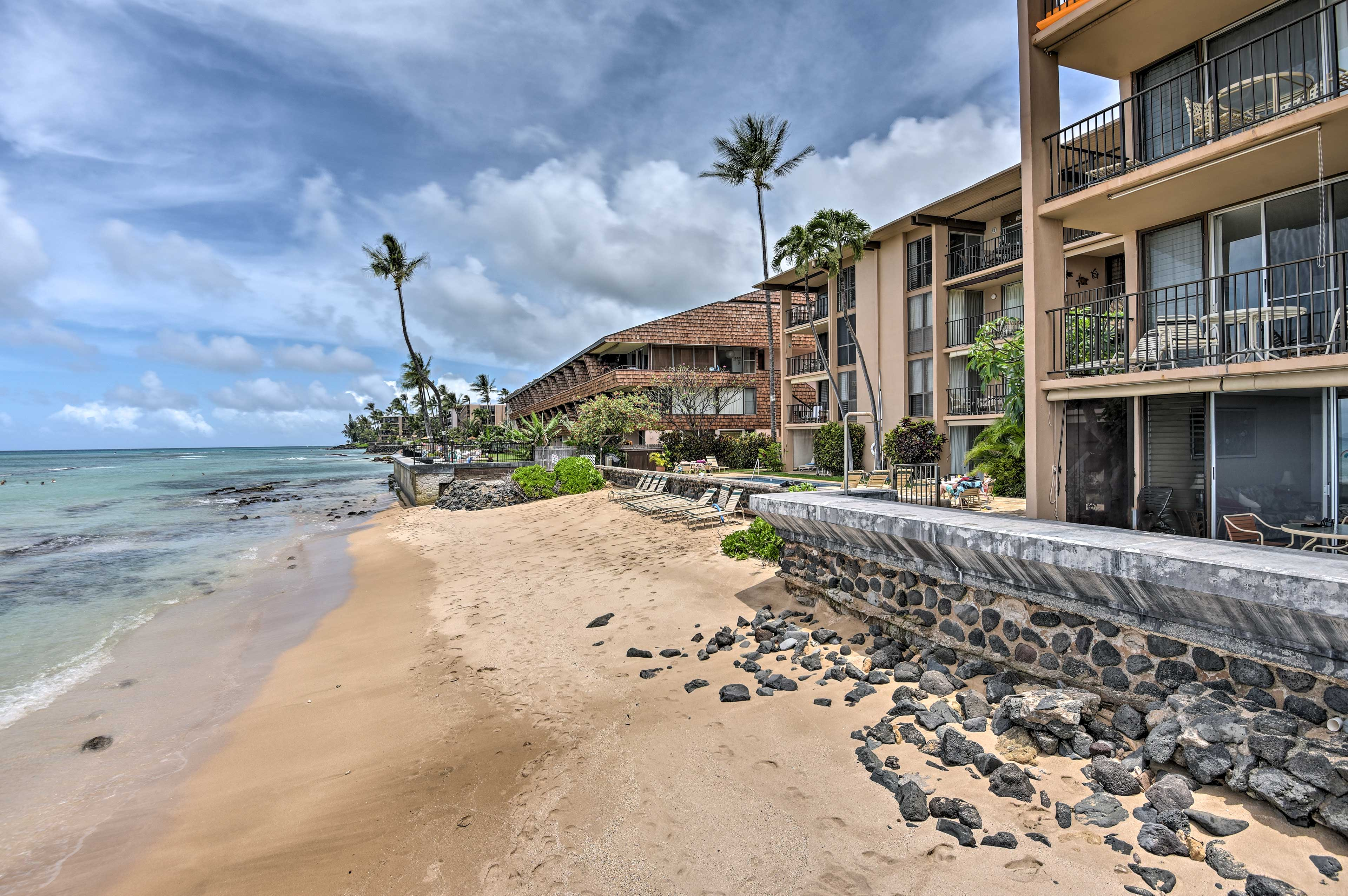 This  remodeled beachfront condo has 2 bedrooms and 2 bathrooms.
