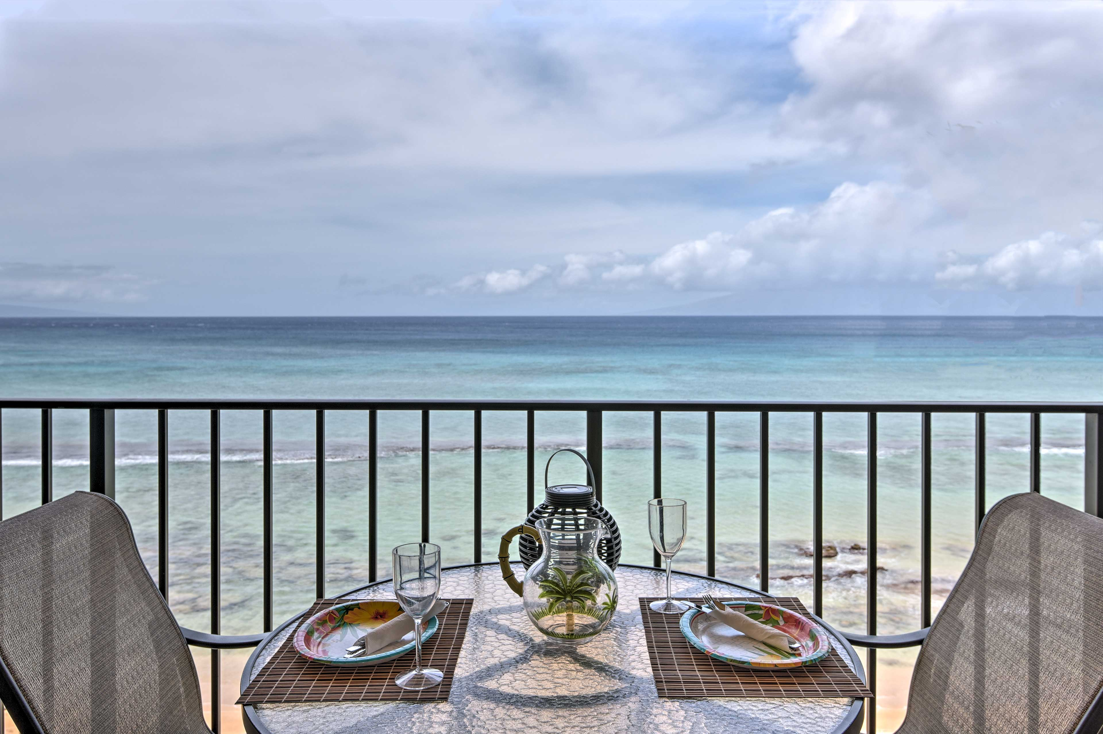 Table for 2 with ocean views? Don't mind if I do!