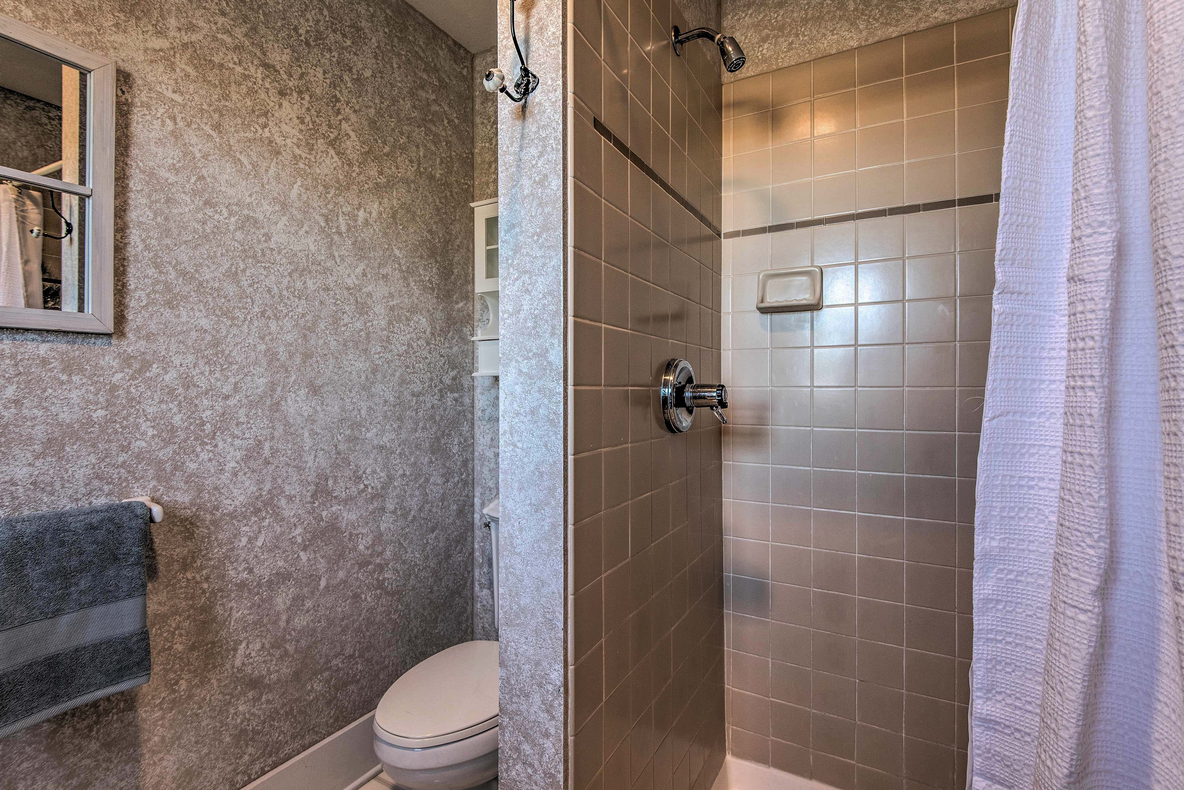Take a relaxing rinse in the walk-in shower!