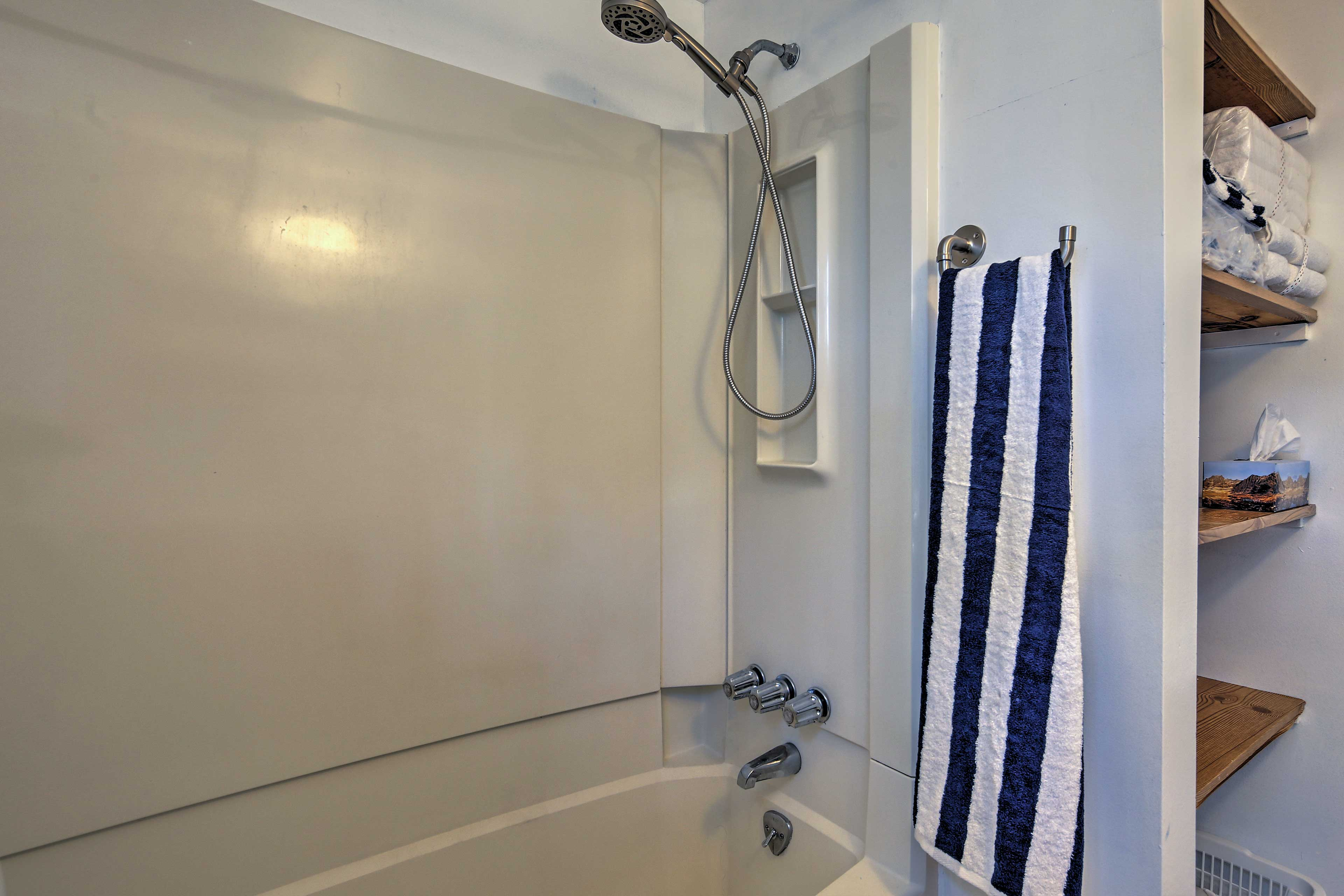 Rinse off any remaining sunscreen in the tub/shower combo.