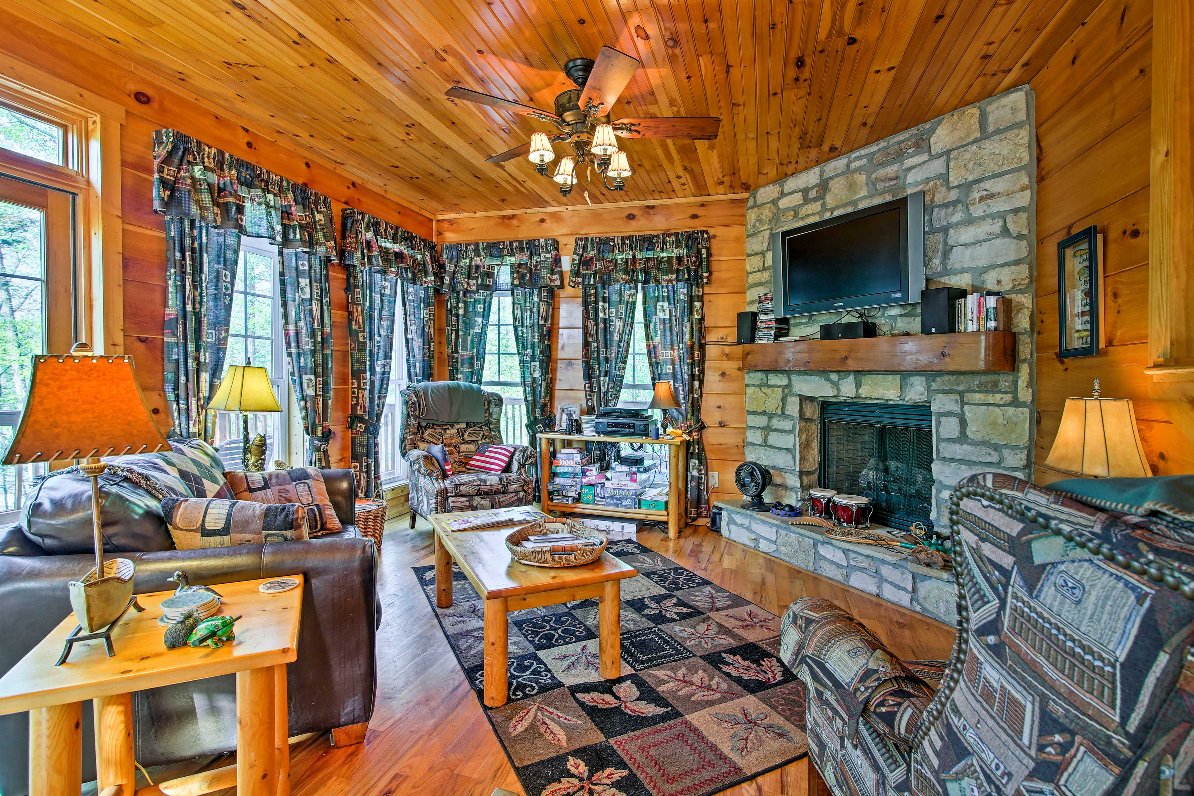 Enjoy the comforts of home, including a flat-screen Smart TV and gas fireplace.