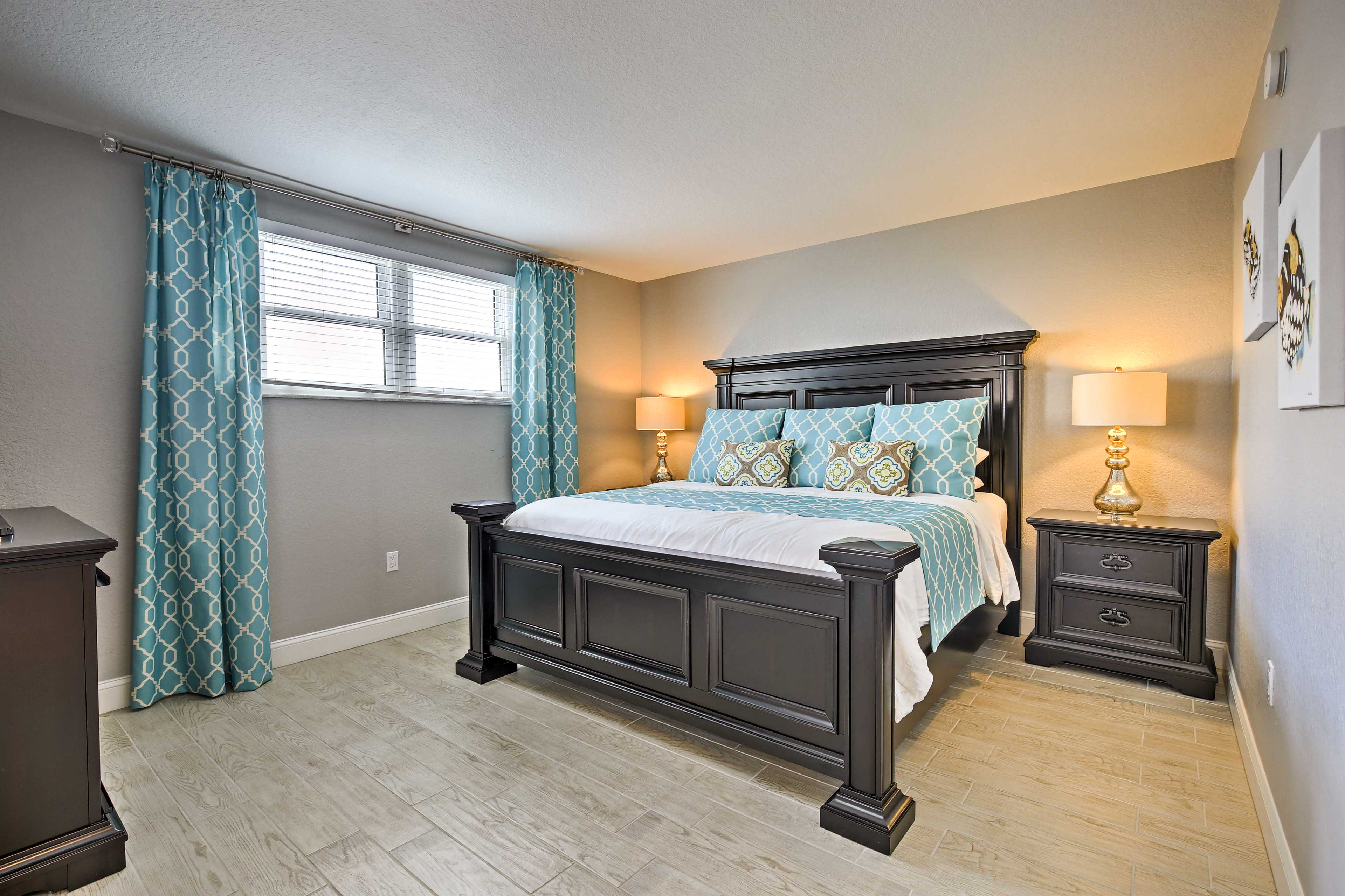 You'll have no trouble settling into this master suite.