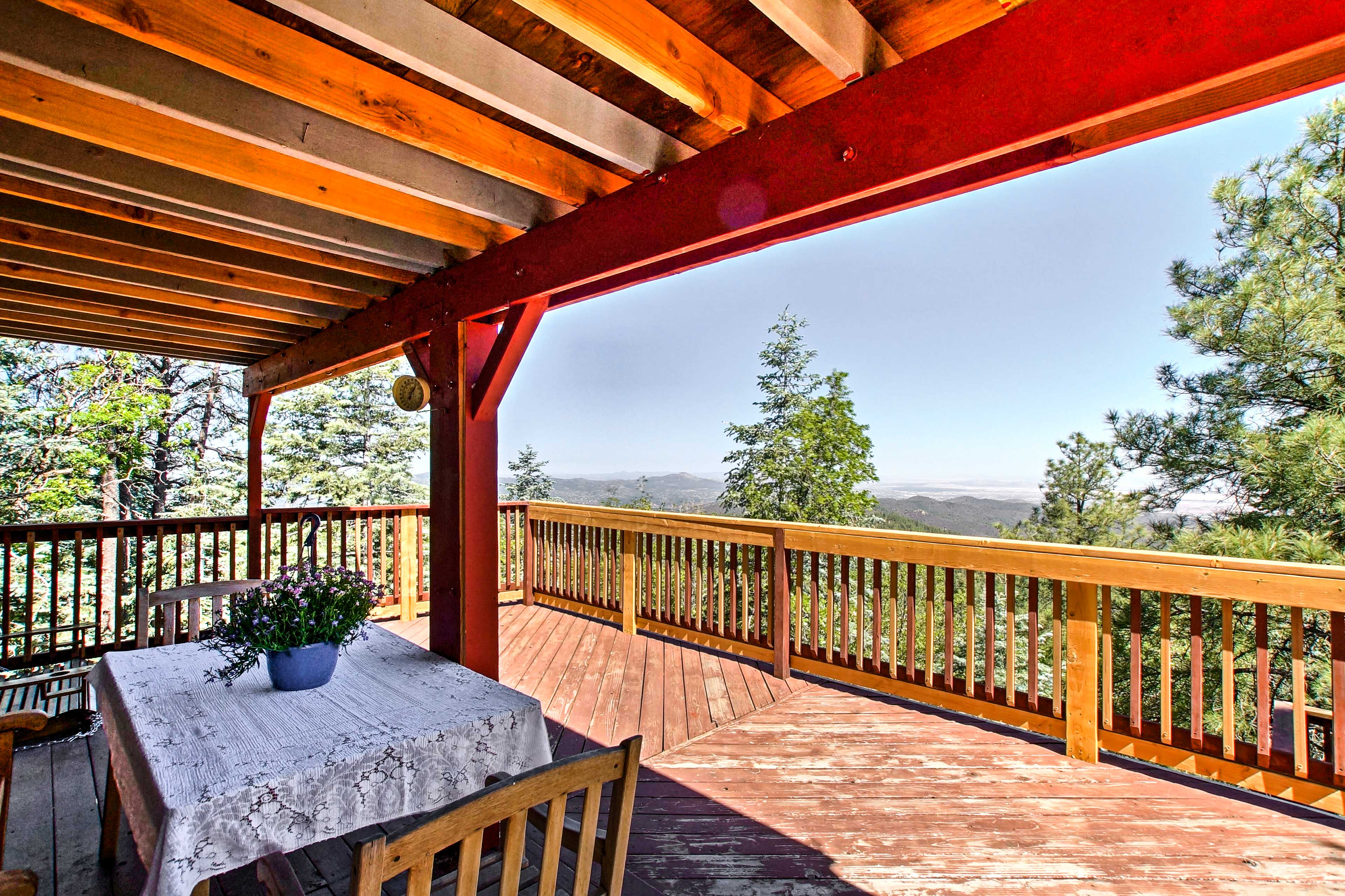Dine al fresco on the private deck with unbelievable views.