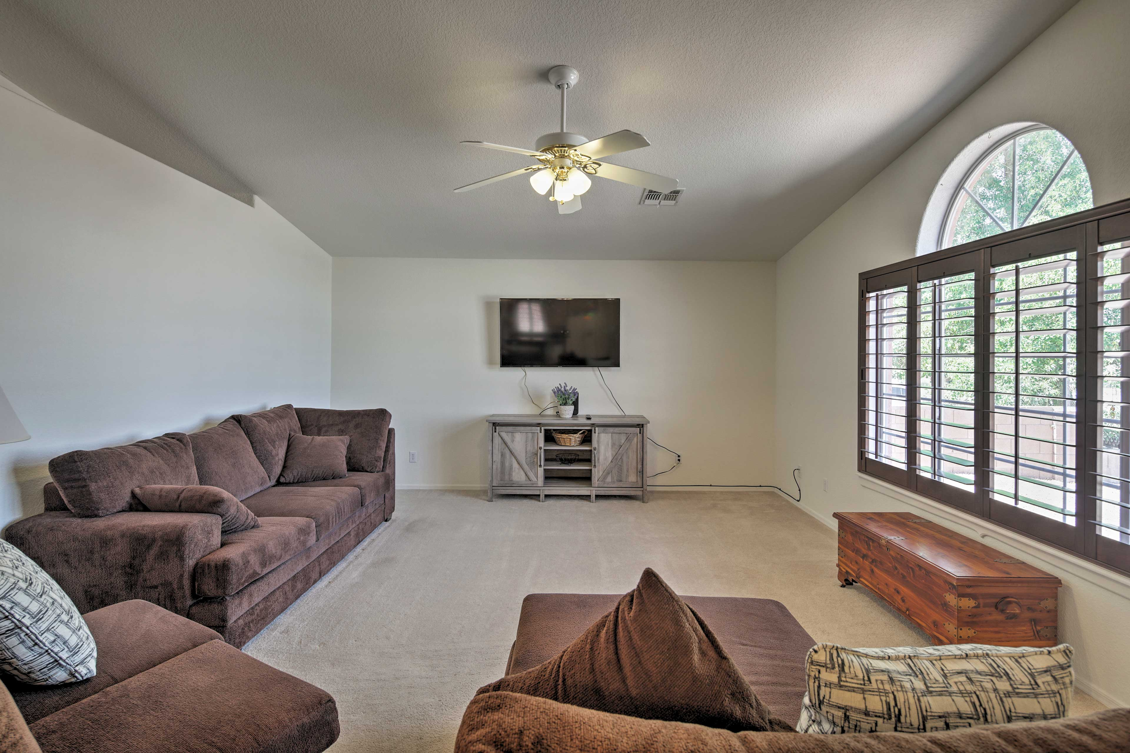 With beds for 5 and space for 7, this home is perfect for families.