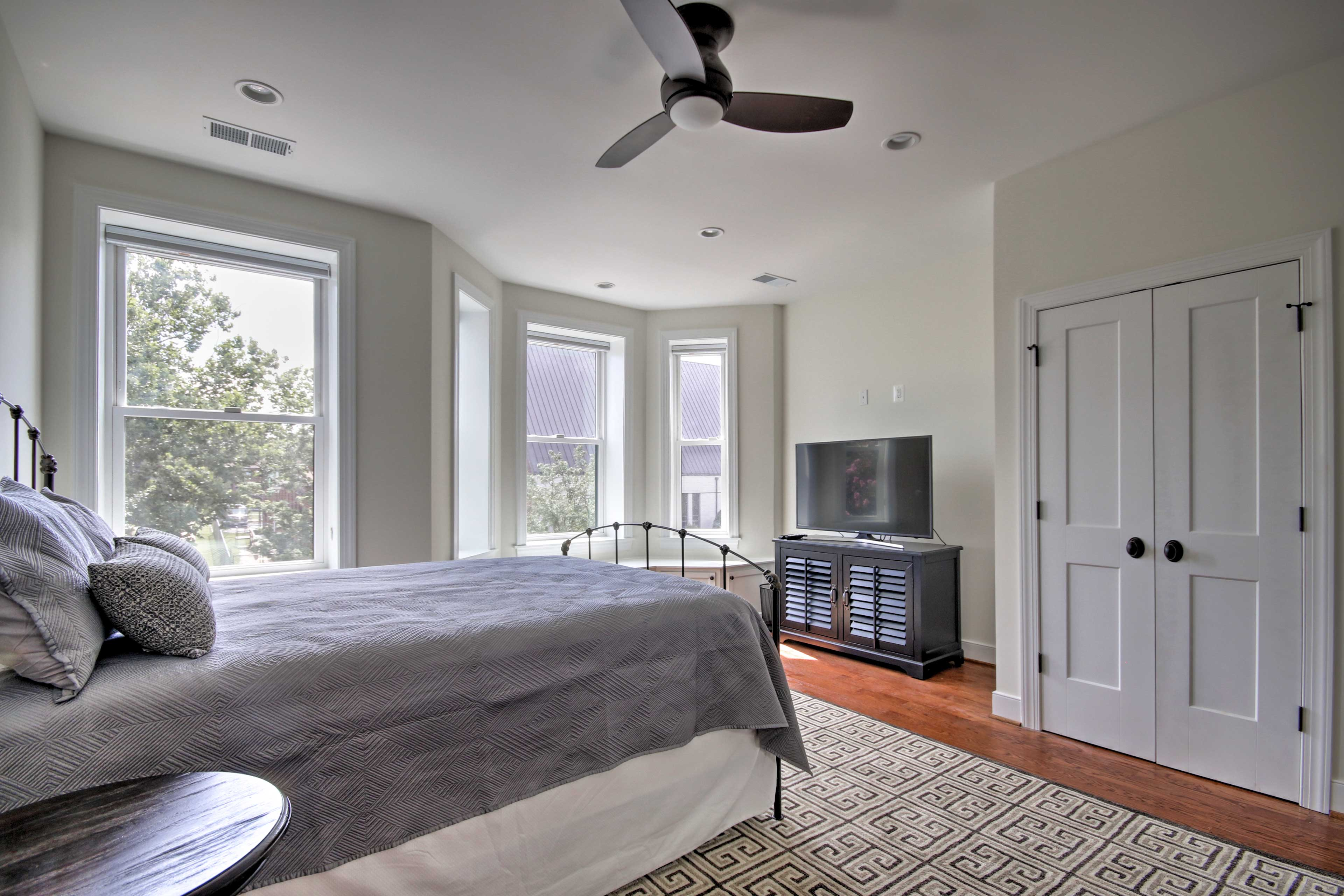 Rise and shine with ample natural sunlight.