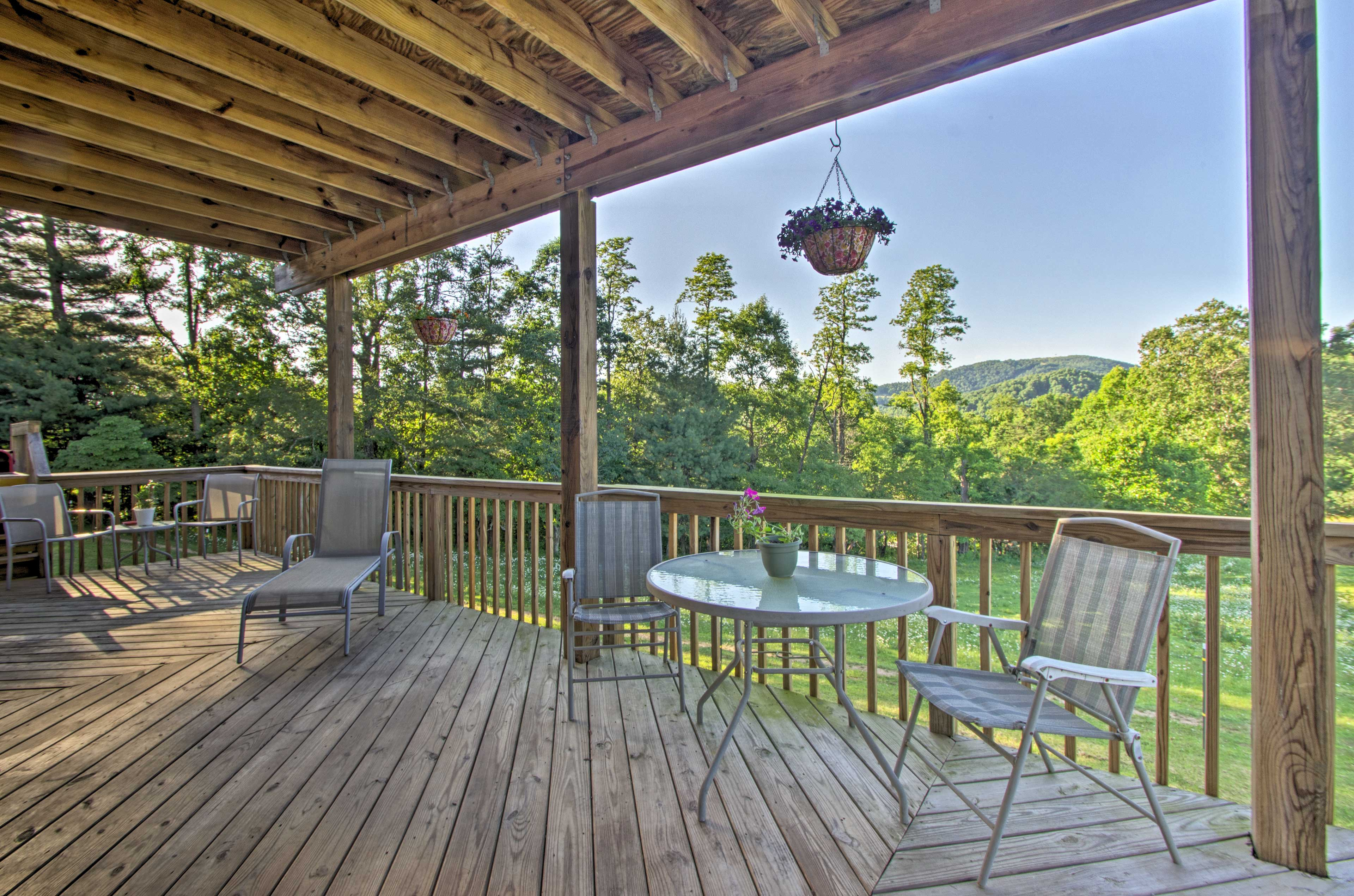 Stunning mountain views await you at this Hendersonville vacation rental!
