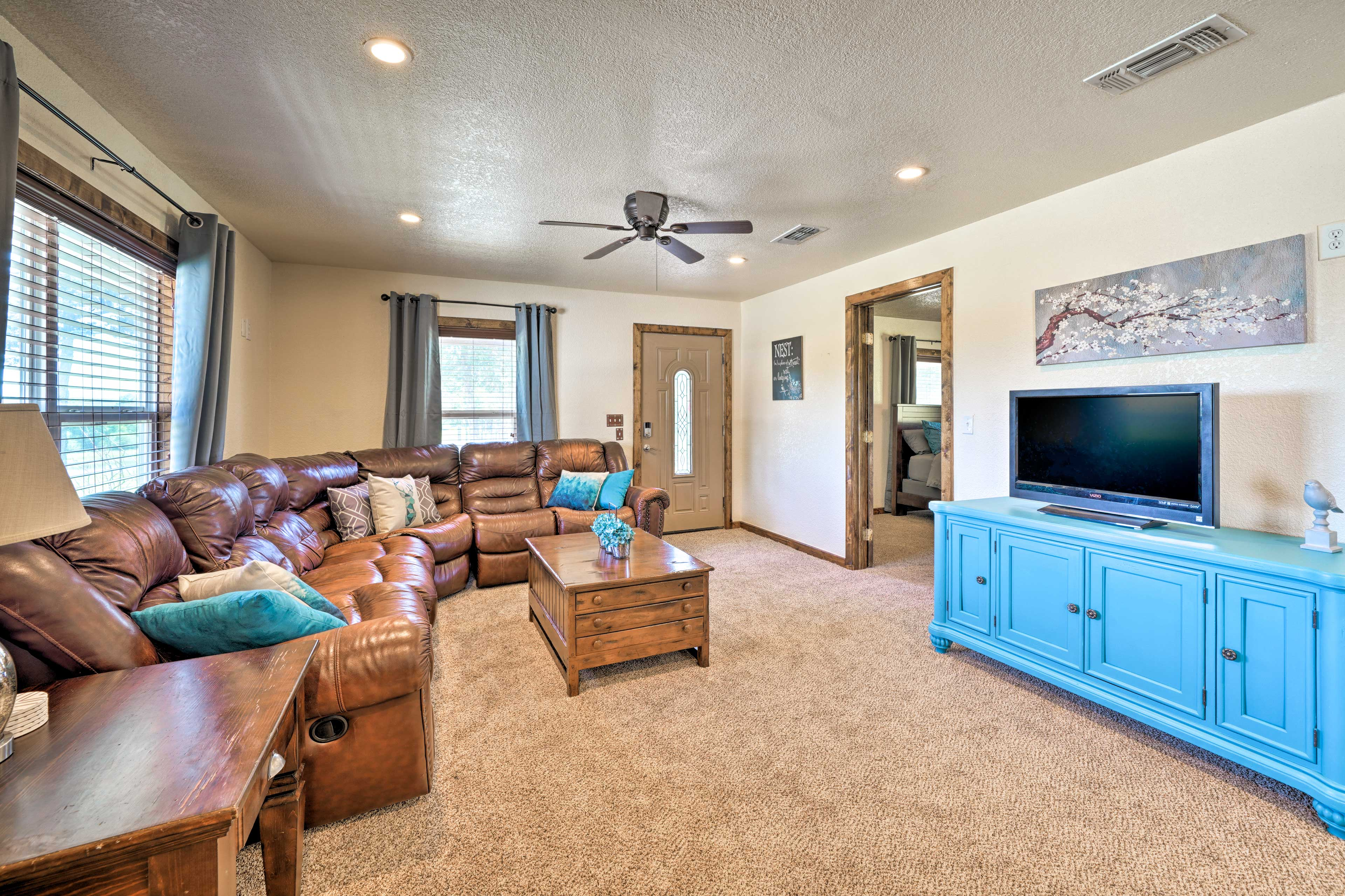 The comfortable interior has 2 bedrooms and 2 baths to sleep 6 guests.