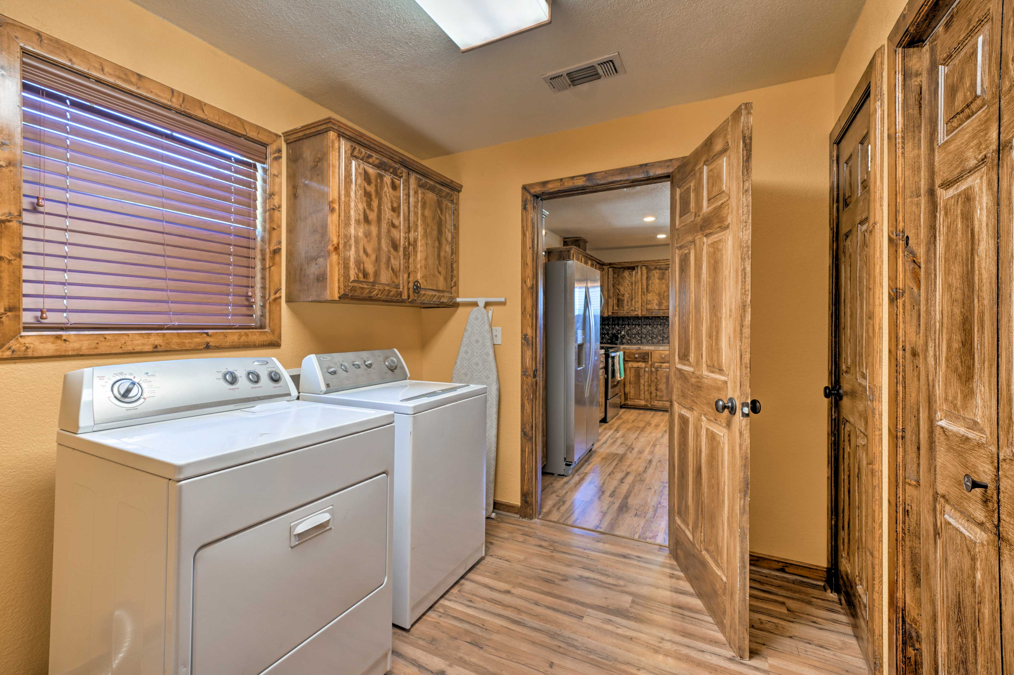 The on-site washer and dryer will make it a breeze to keep your clothes clean.