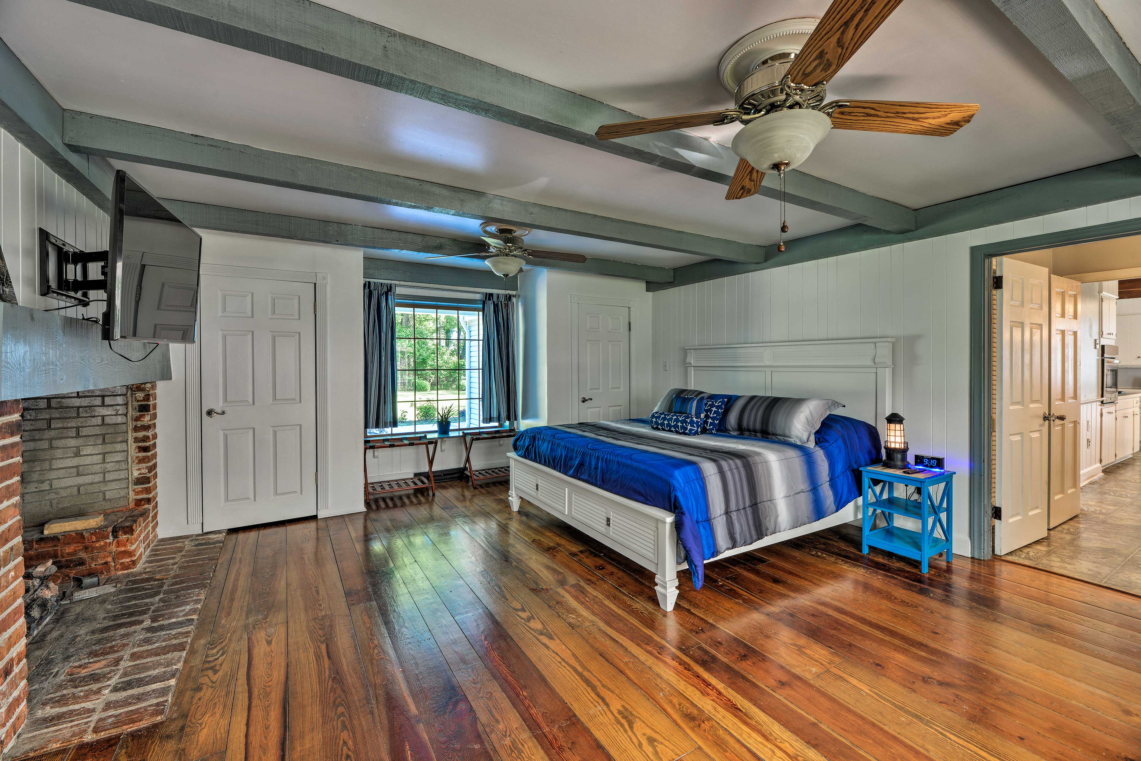 Two lucky guests can claim the first master bedroom!