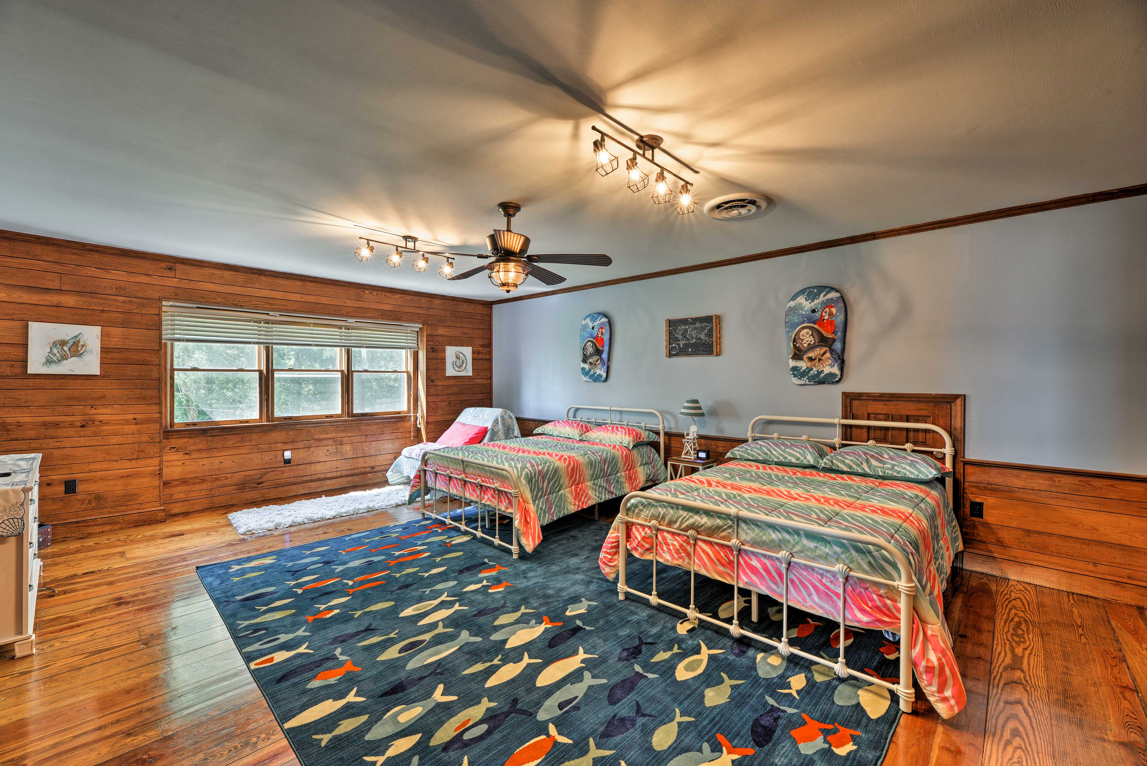 Four guests will sleep soundly in these 2 full-sized beds.