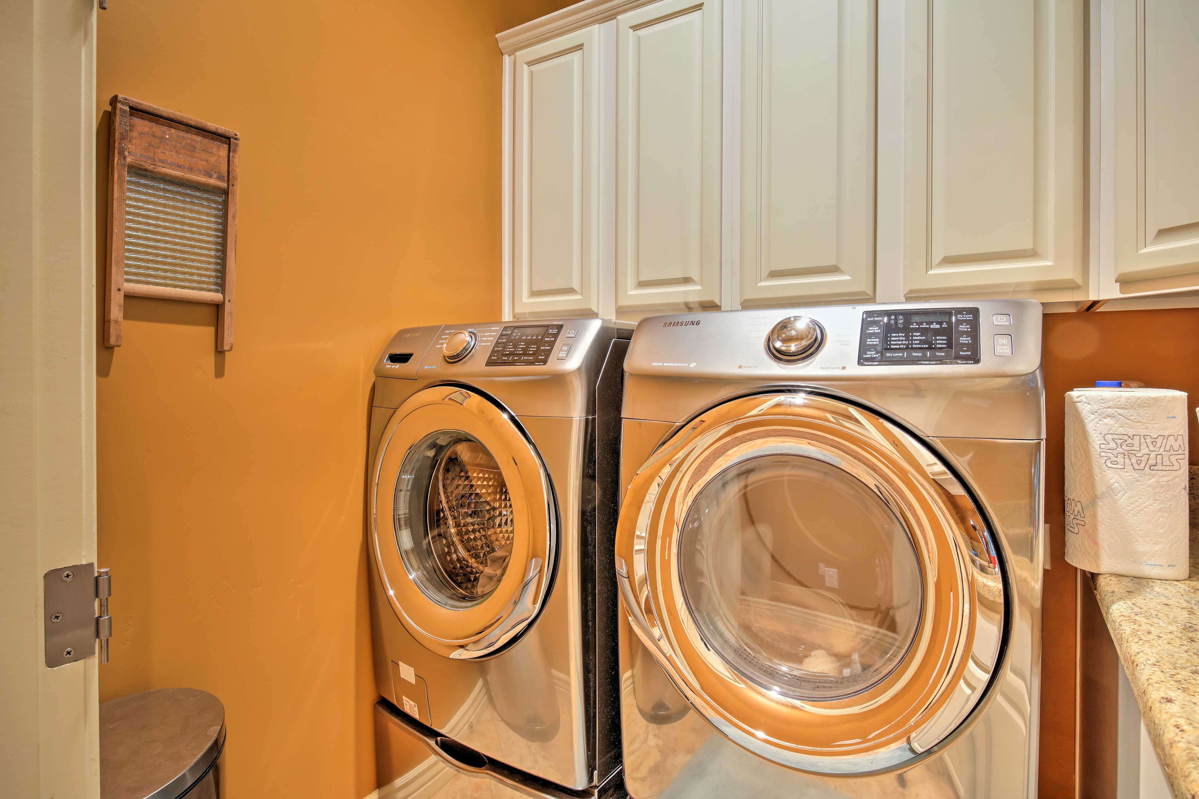 Wash out the dust from your desert hikes using the washer and dryer.