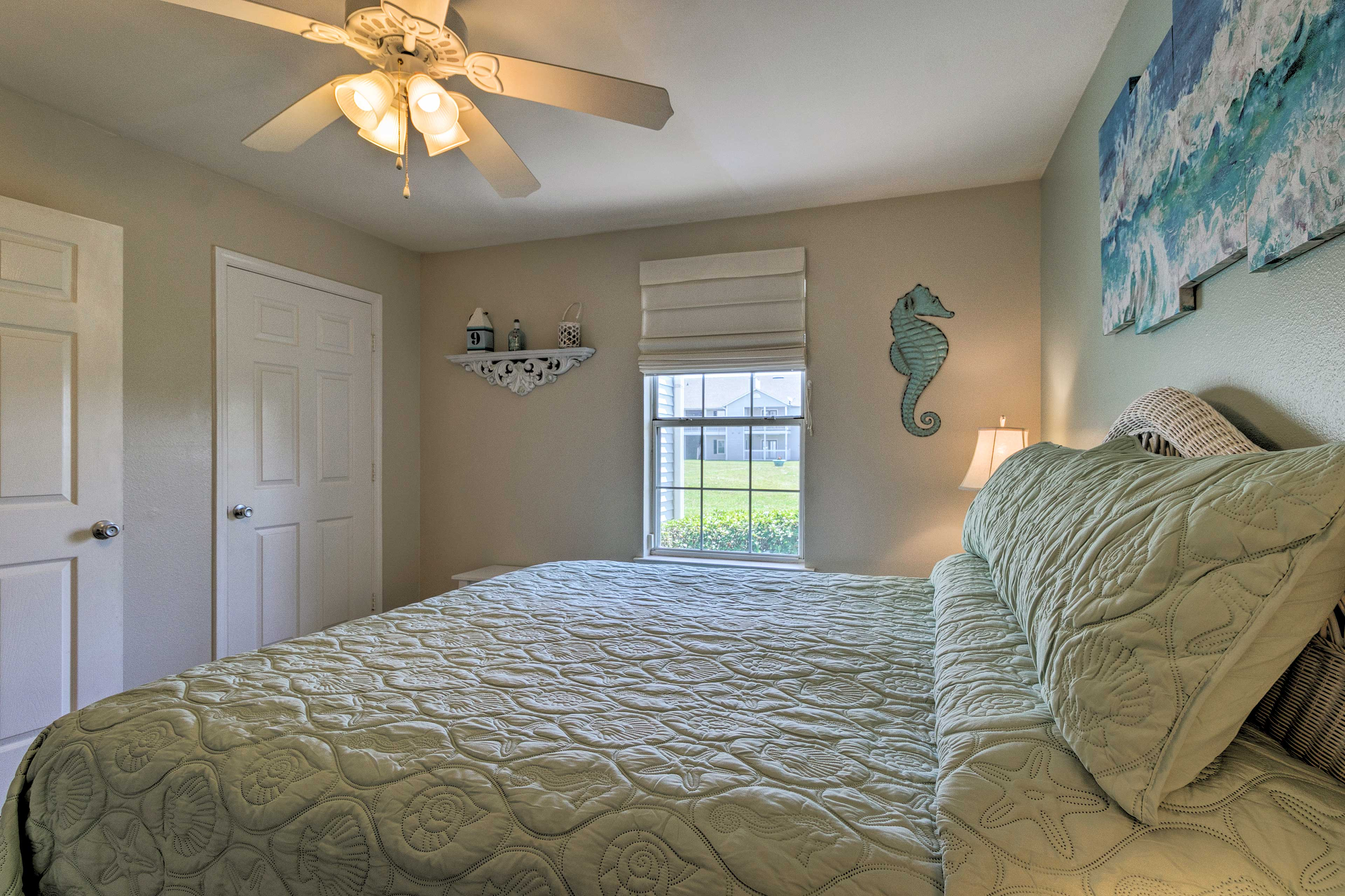 Rise and shine with plenty of natural sunlight.