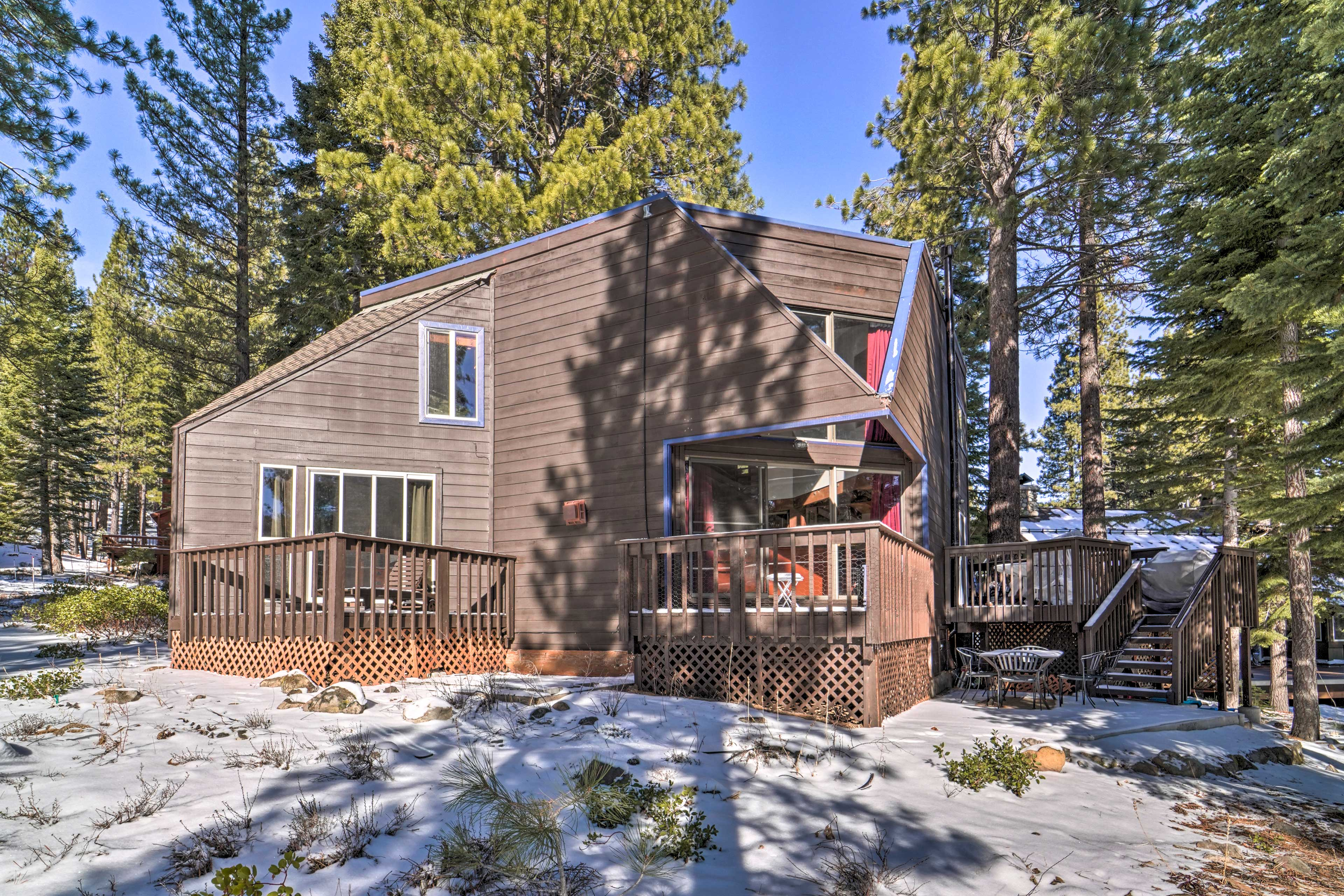Truckee Vacation Rental | 4BR | 2BA | 1,500 Sq Ft | 2 Stories