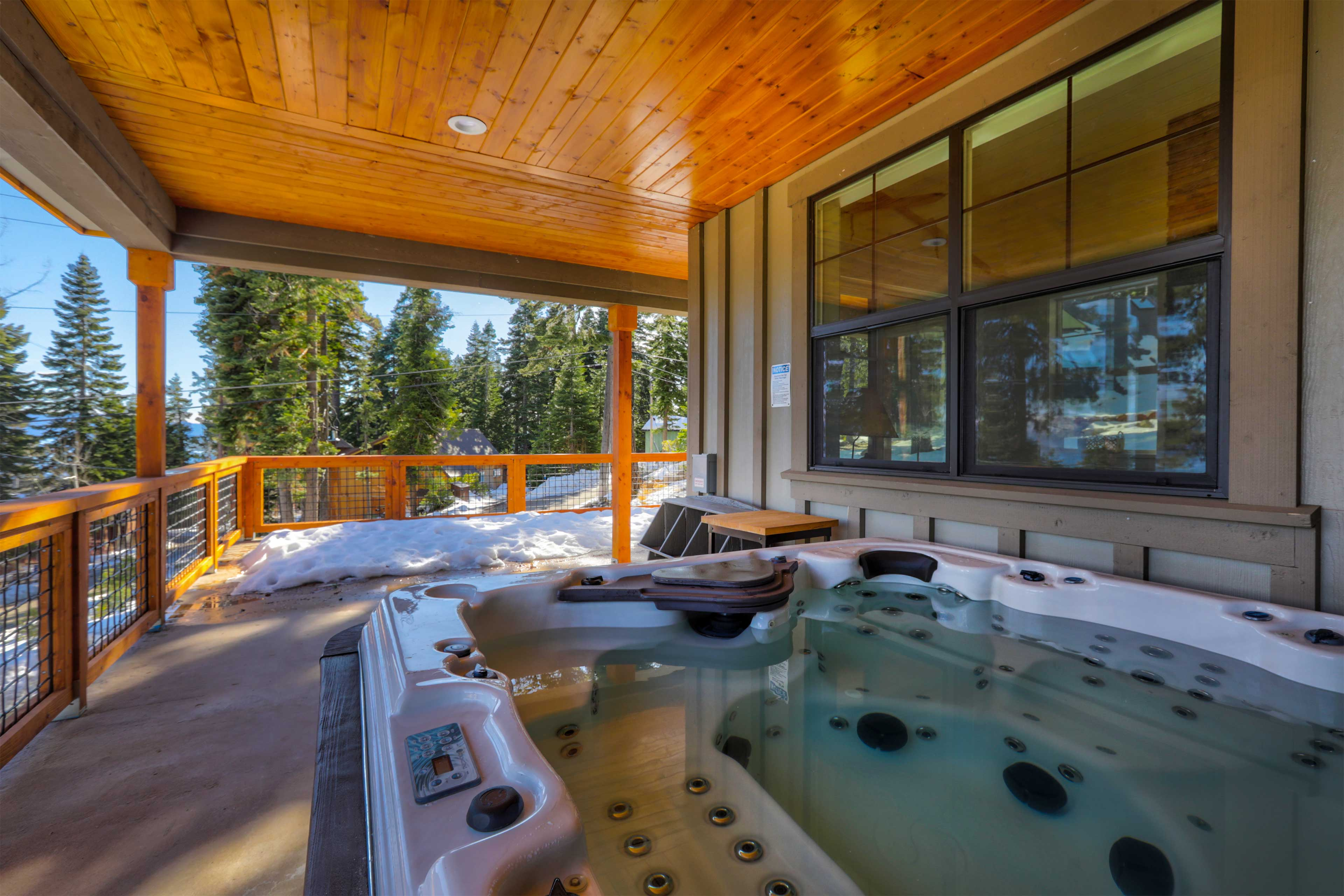 Follow a full day on the slopes with a dip in the hot tub.