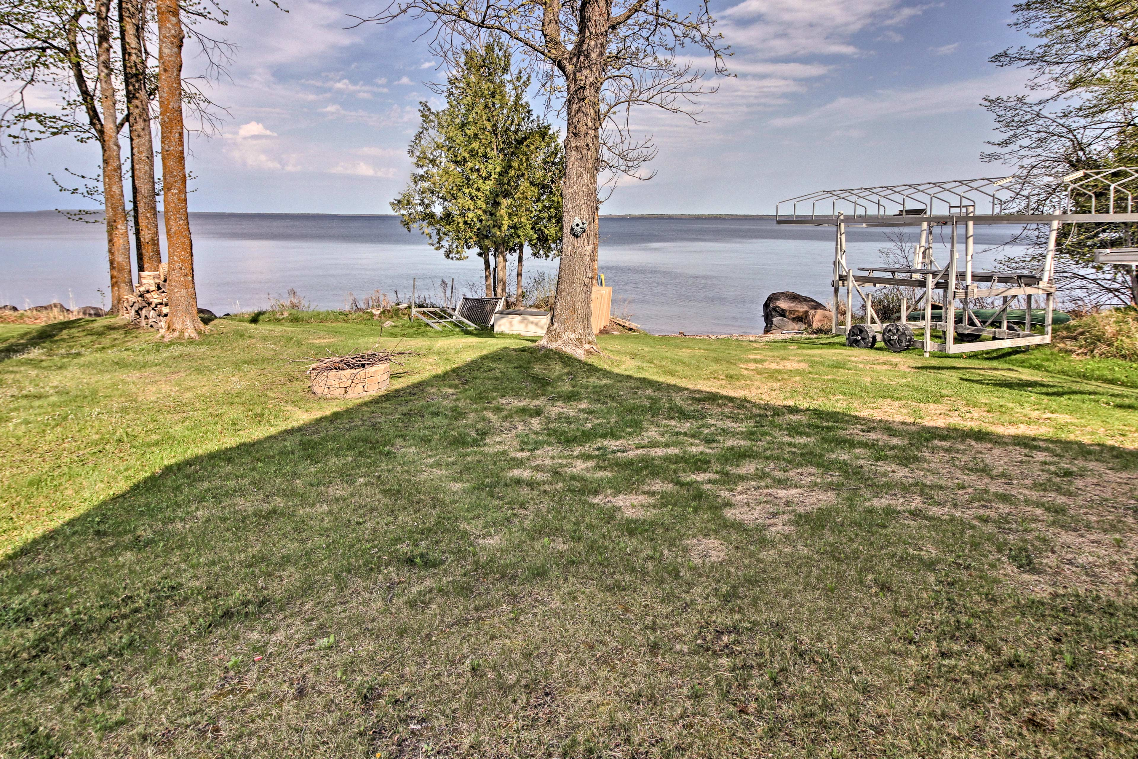 This 3-bedroom, 2-bathroom cabin is located steps from Leech Lake.