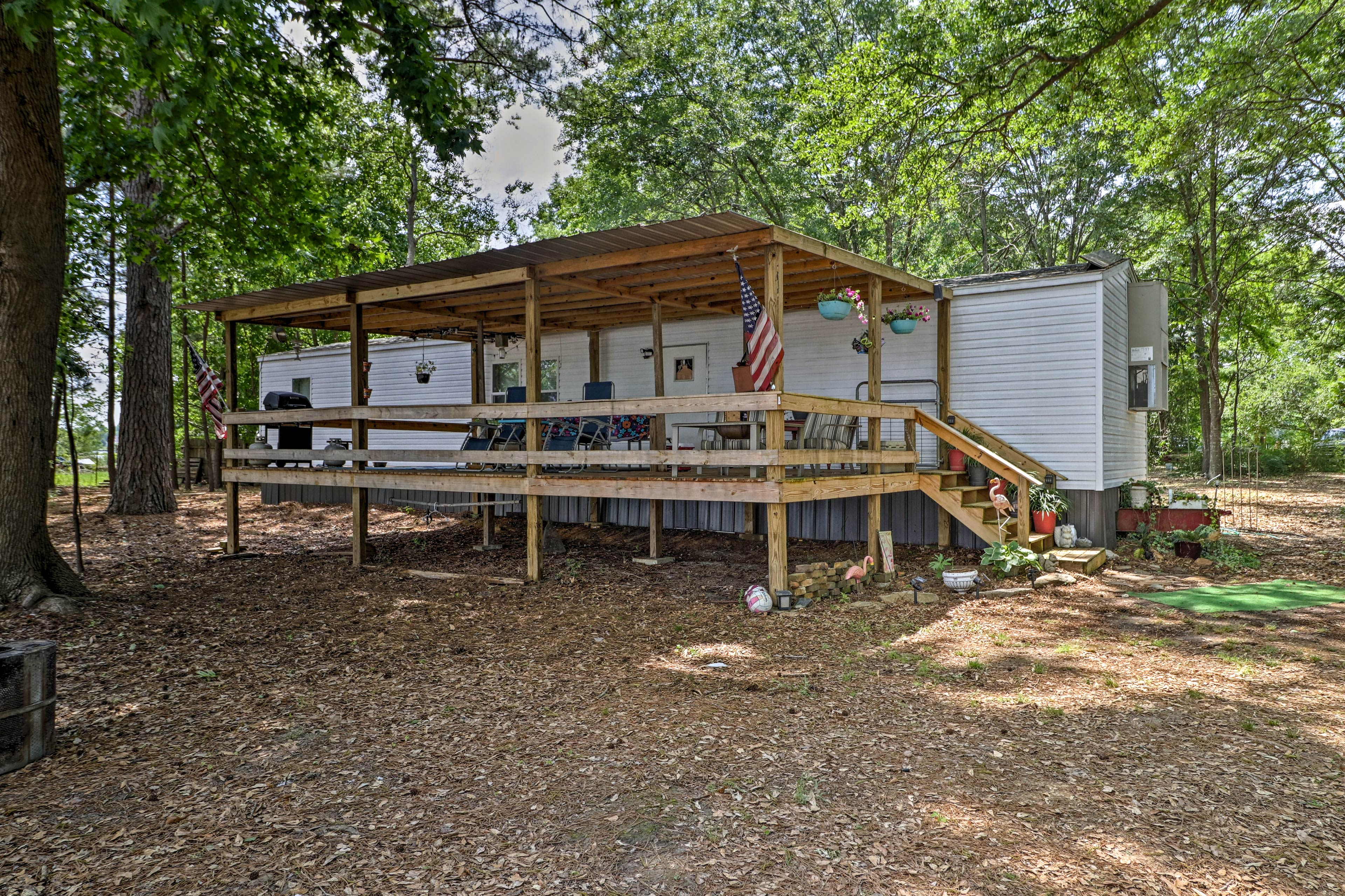You'll fall in love with the home's rural location on Jordan Lake!