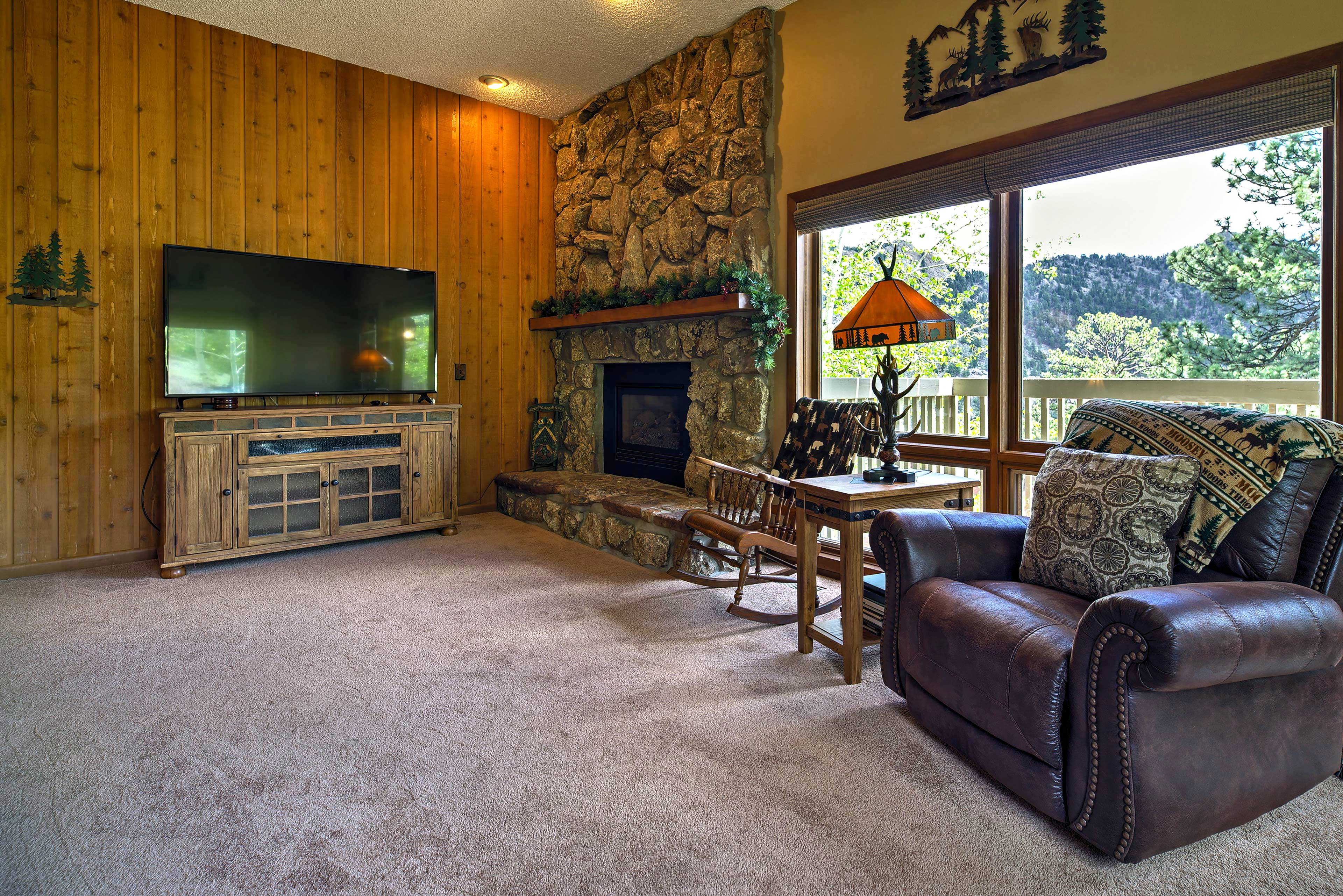 Create the perfect cozy ambiance with the gas fireplace.