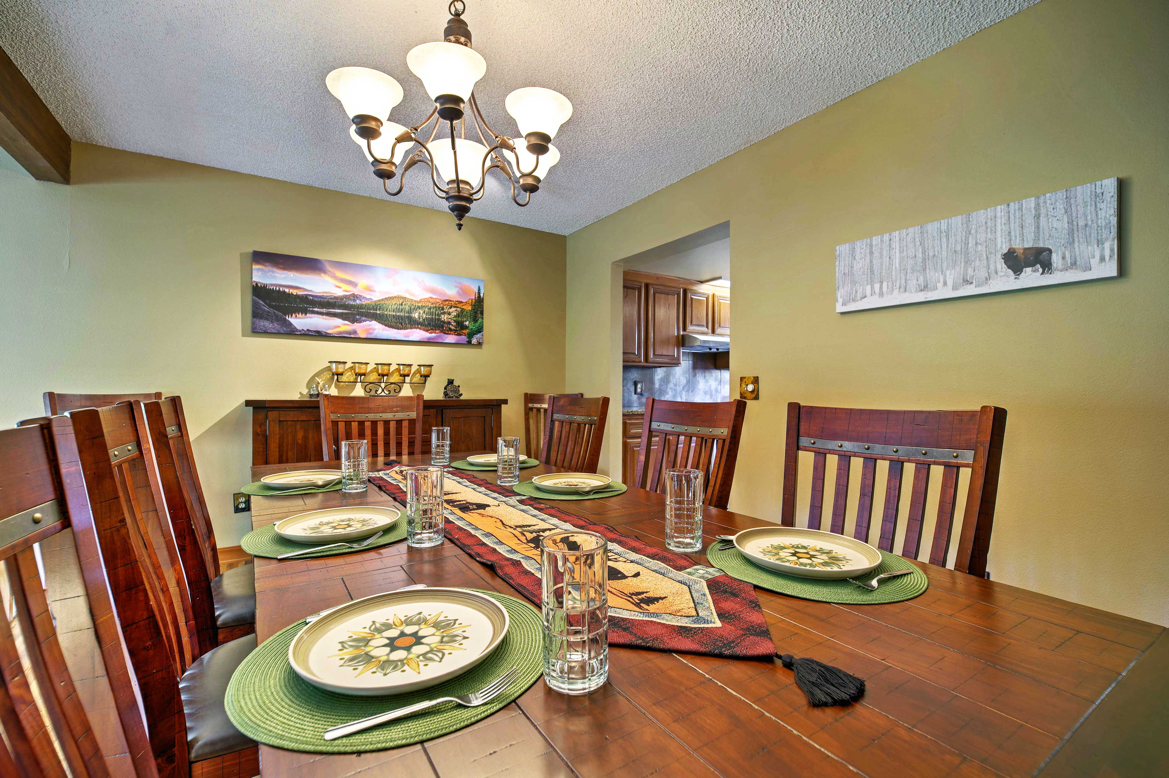 This area is perfect for board games and quality time with your crew!