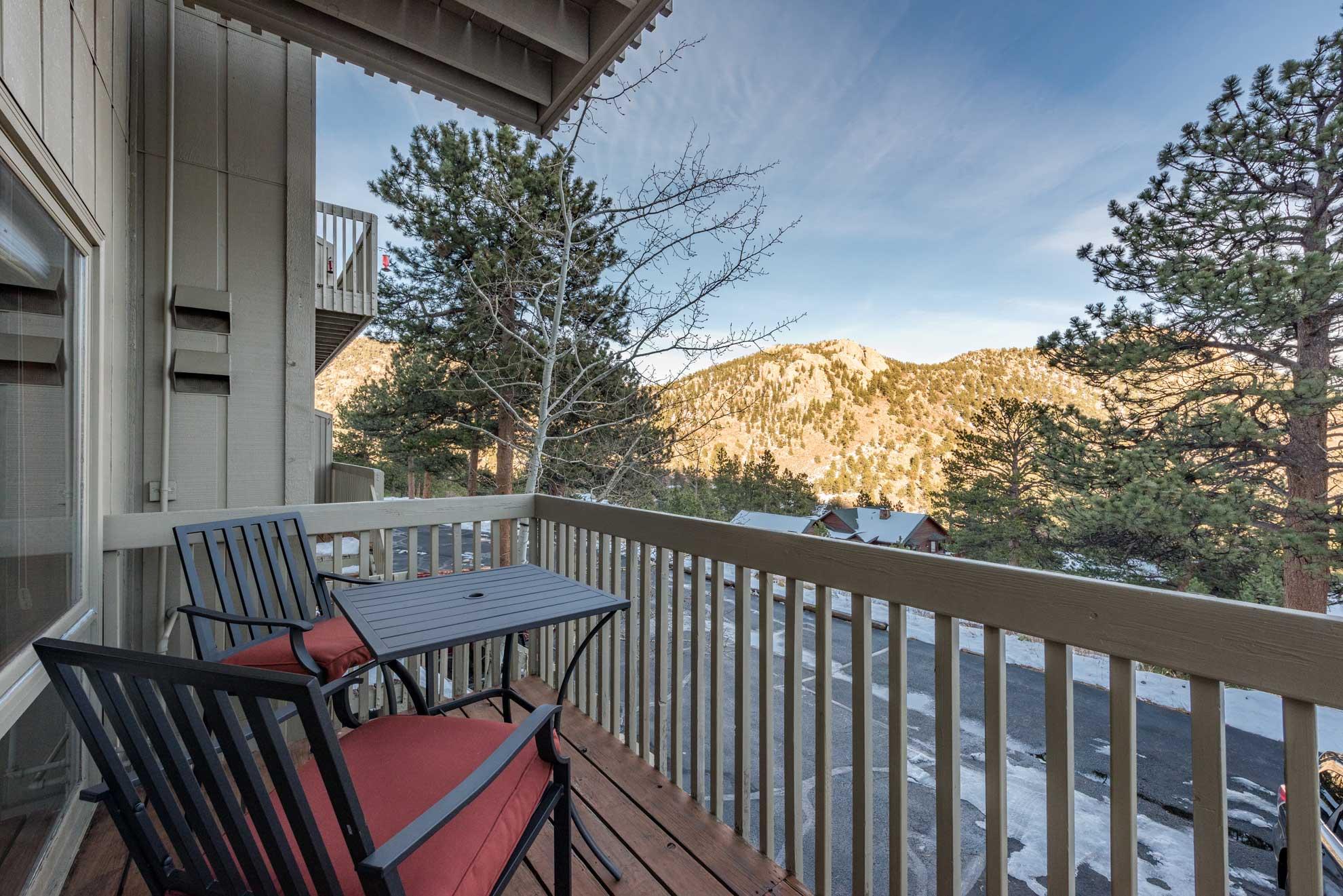 Escape to Estes Park at this 3-bedroom, 3.5-bath vacation rental condo!
