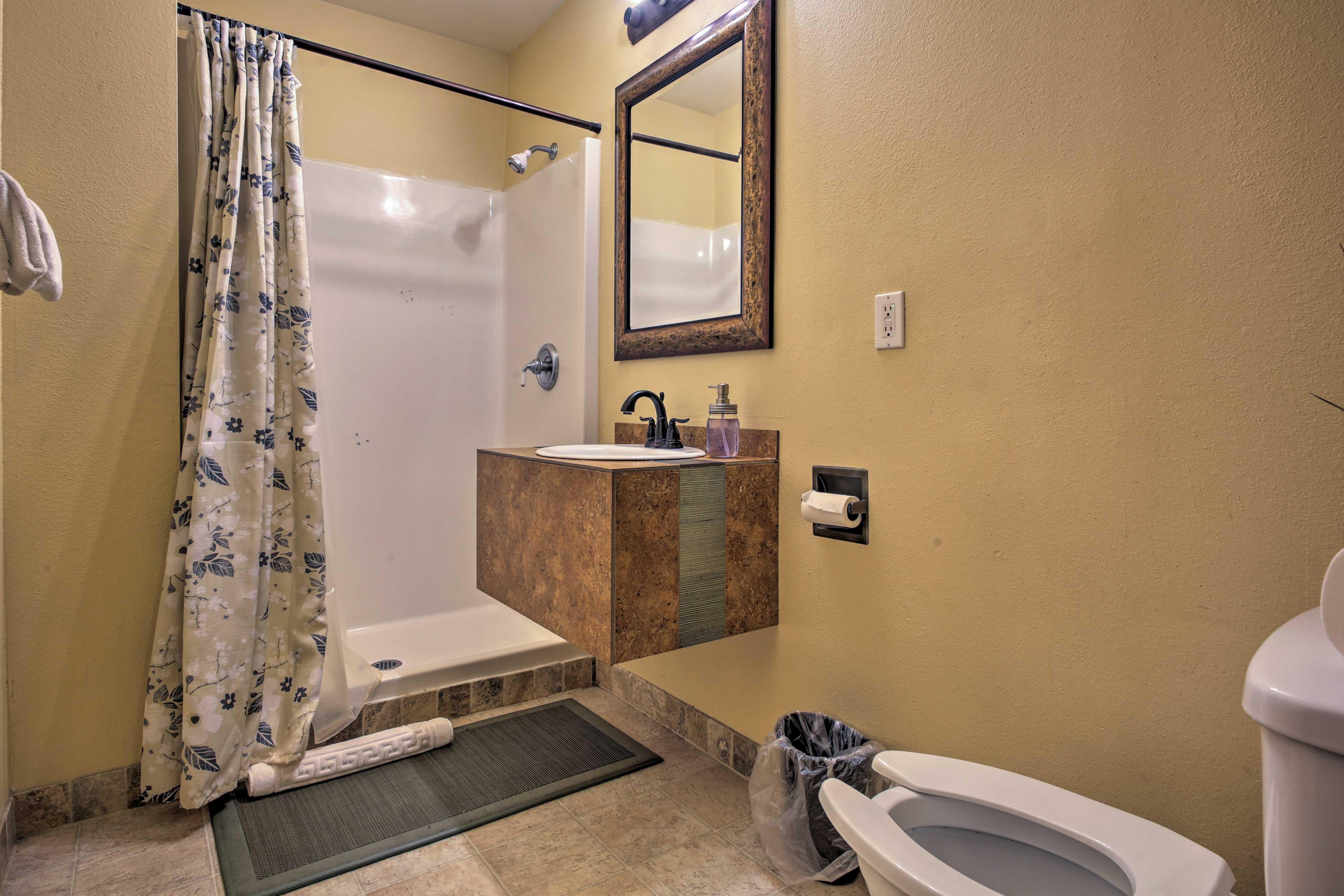 Rinse your worries away in the walk-in shower in the en-suite full bathroom.