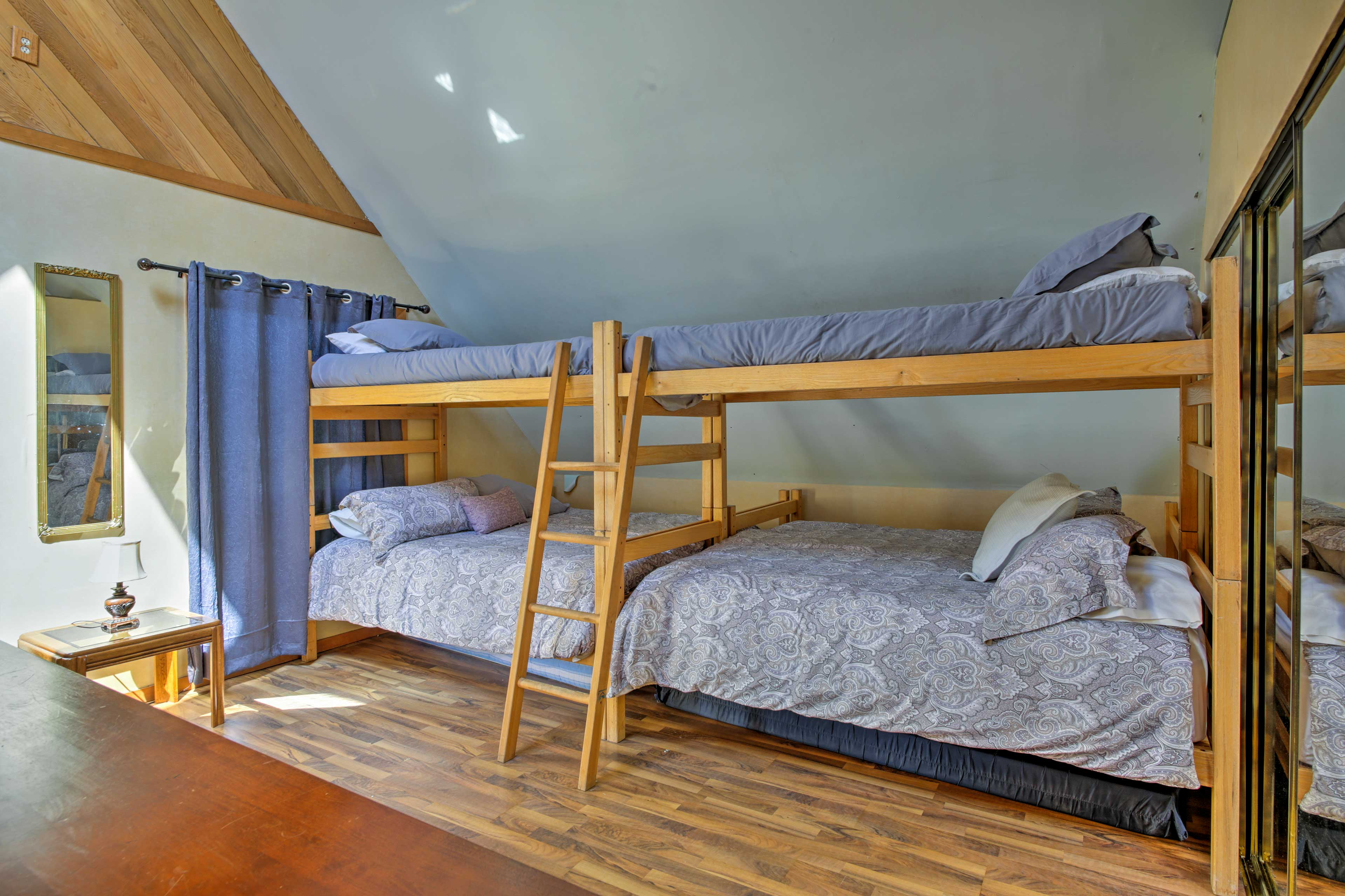 The second floor also boasts 2 twin-over-king bunk beds.