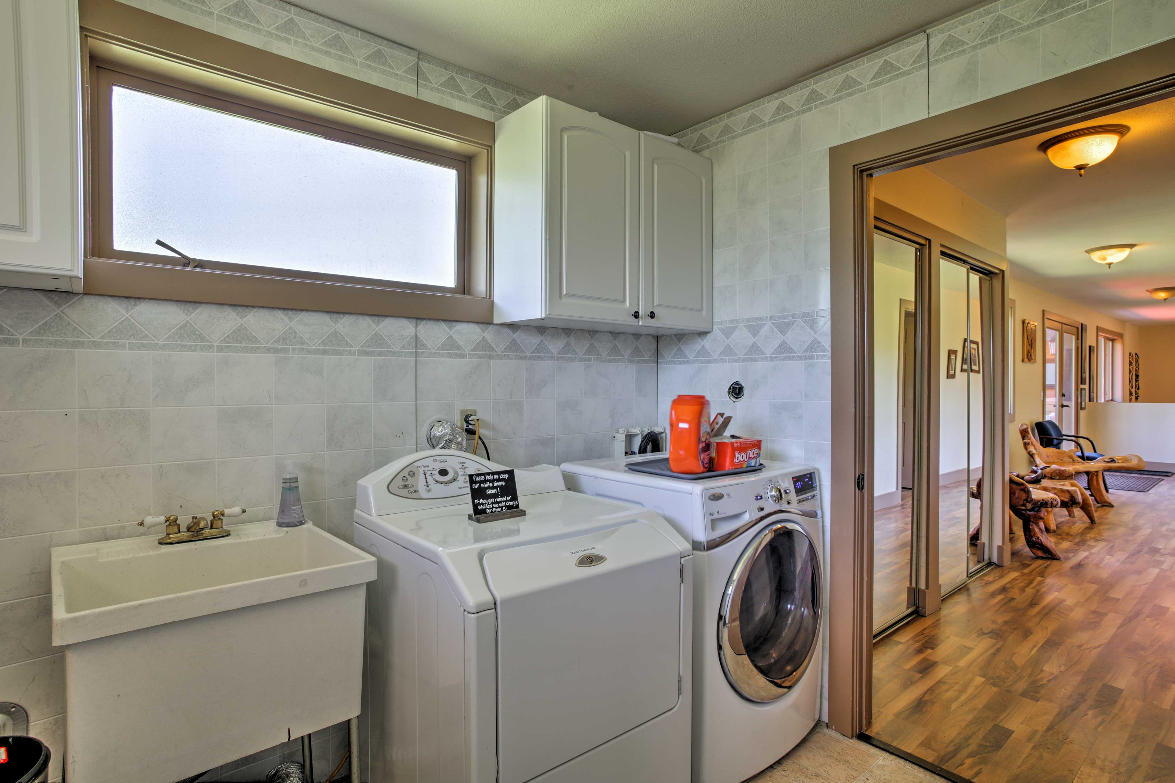 An on-site washer & dryer help everyone keep their clothes fresh.