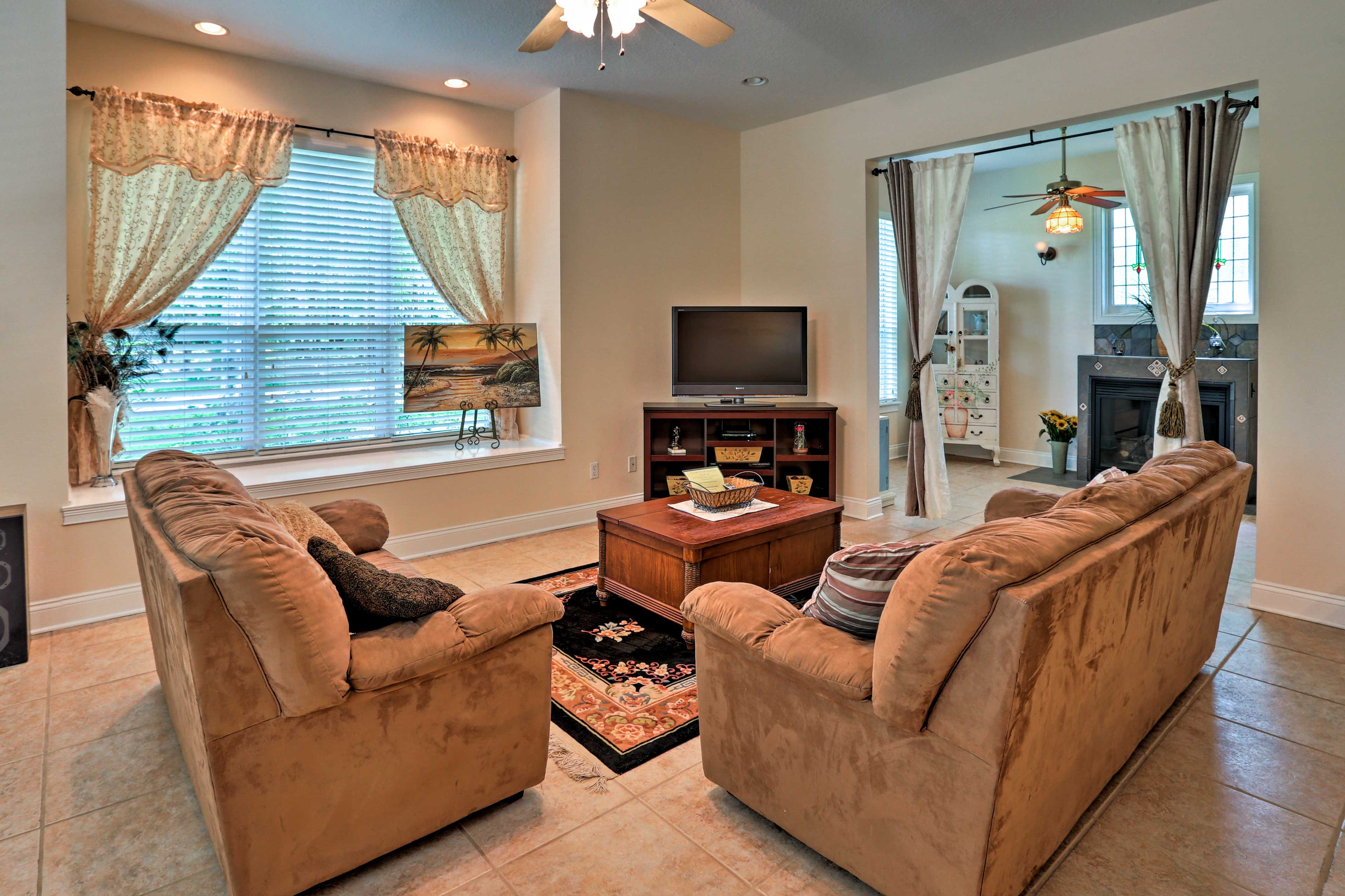 Get comfortable while a movie streams on the flat-screen cable TV.