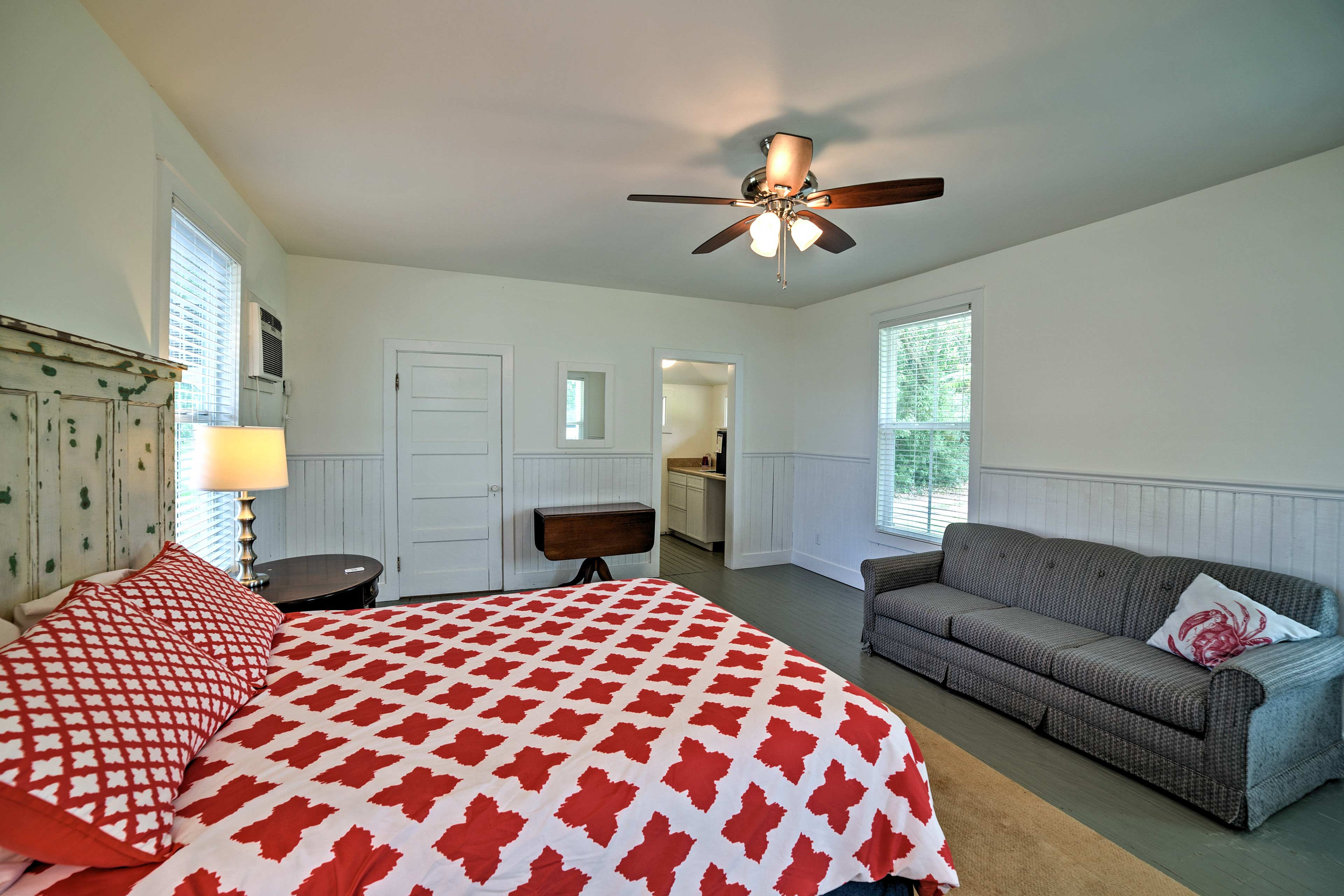 You'll have a private mud room and bathroom in the guest house.