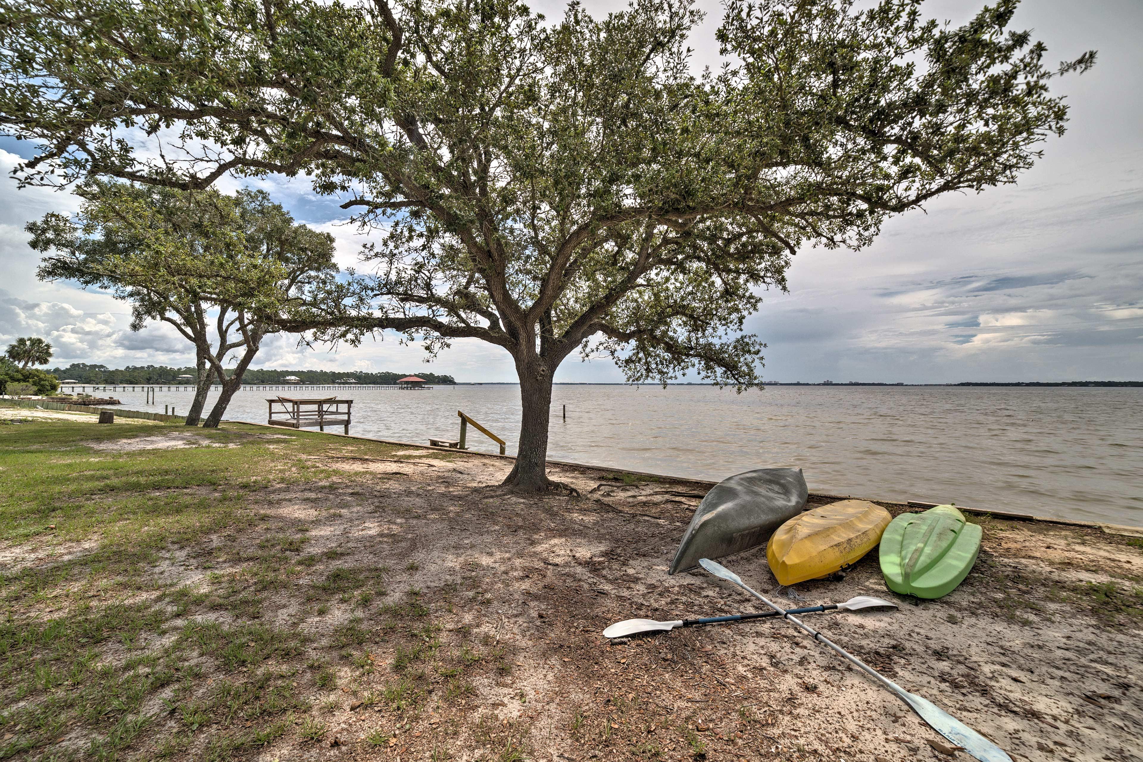 Explore endless waterfront activities on Perdido Bay!