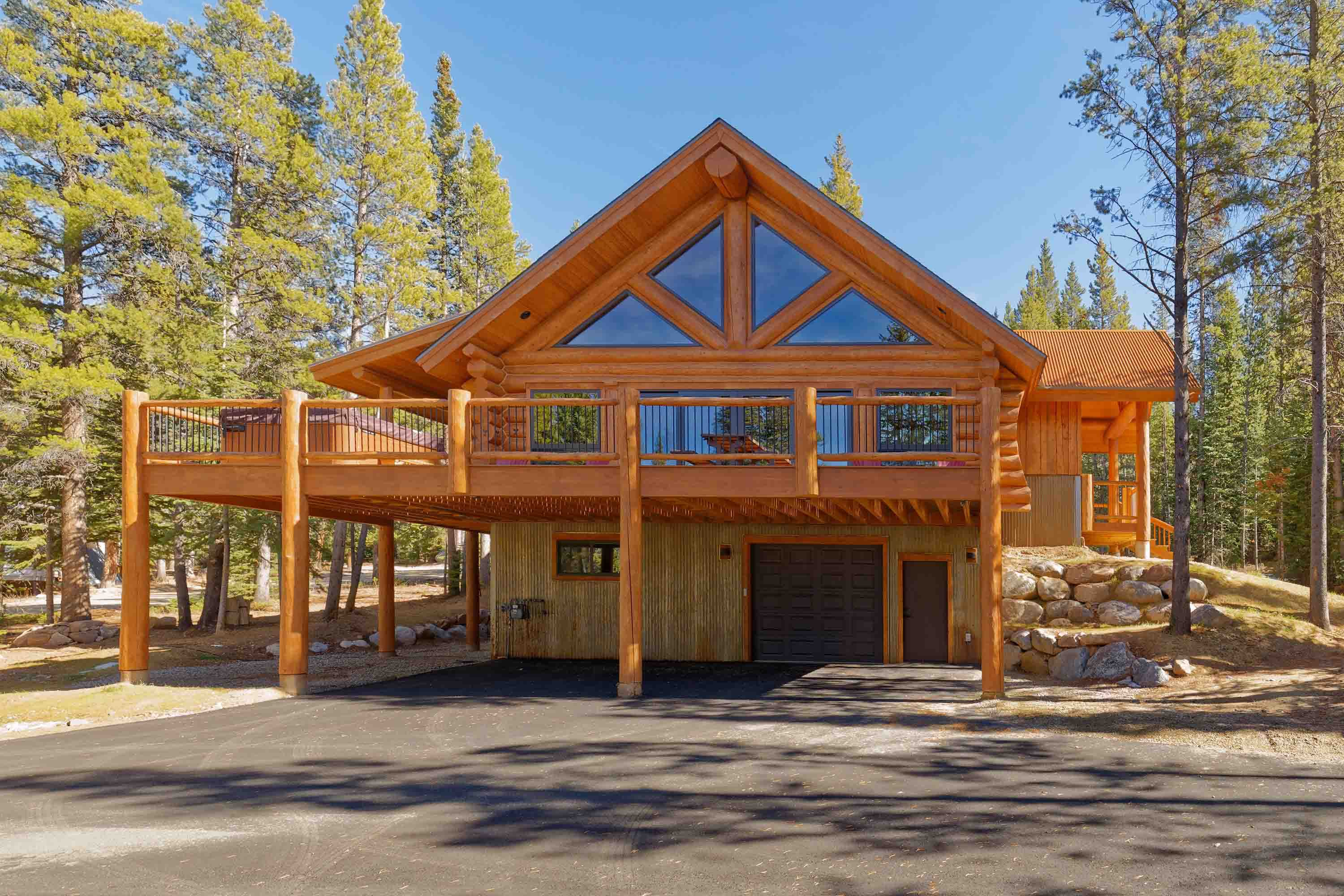 This gorgeous home is minutes from great skiing and hiking.