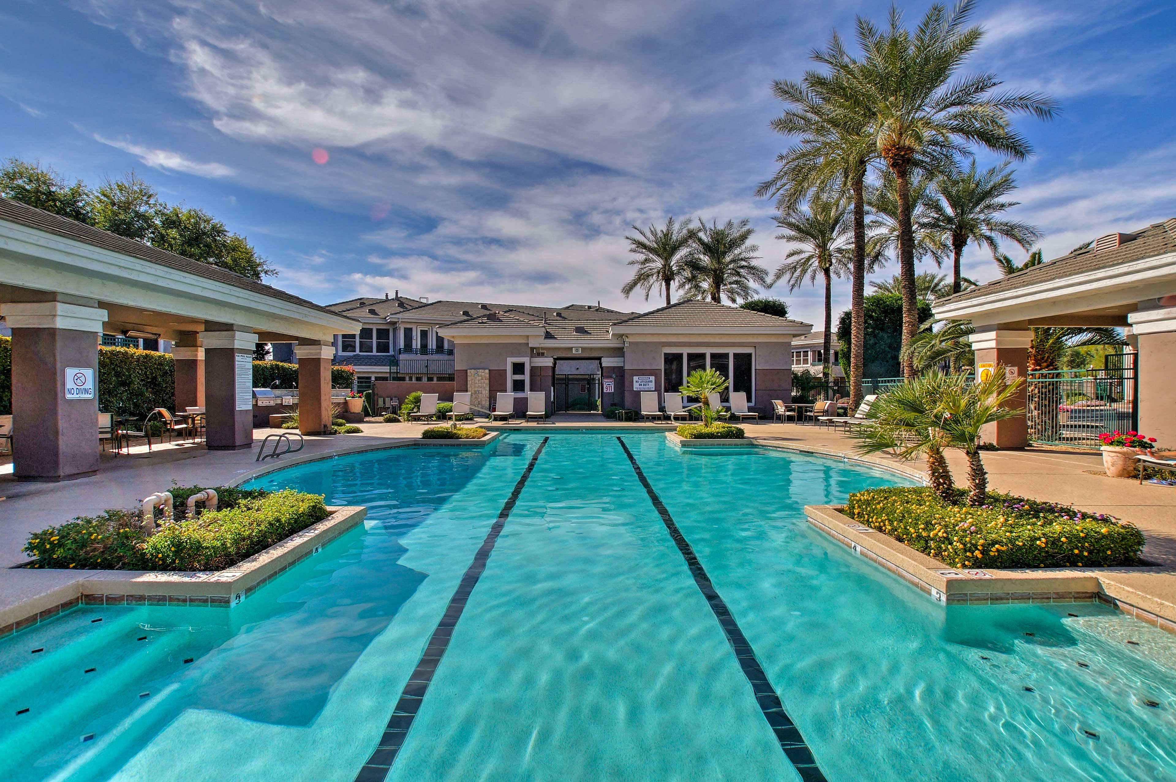 Soak up the sun in this Scottsdale townhome for 4!