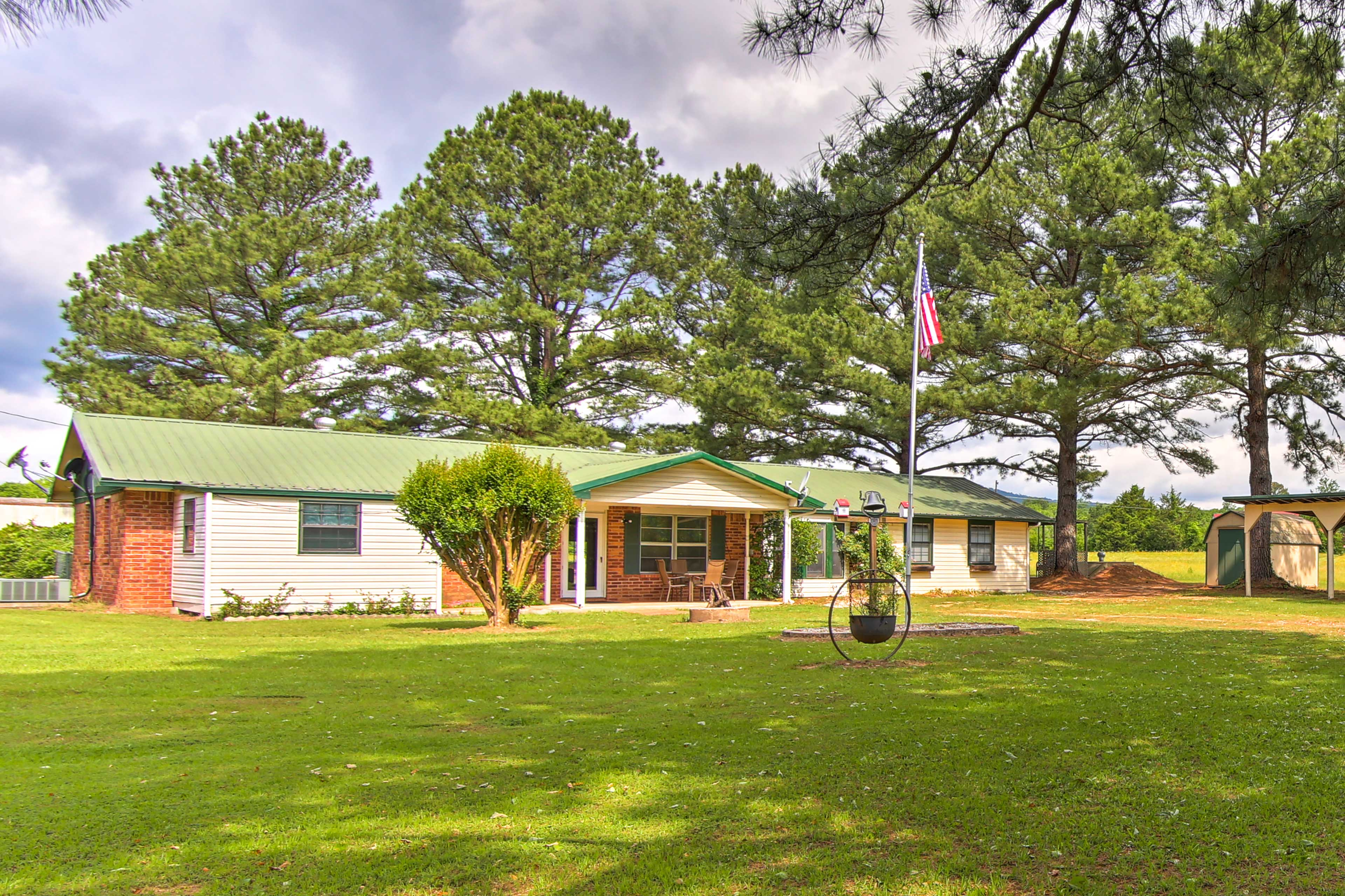 Explore the Clayton area from this 3-bedroom, 2.5 bath vacation rental house.