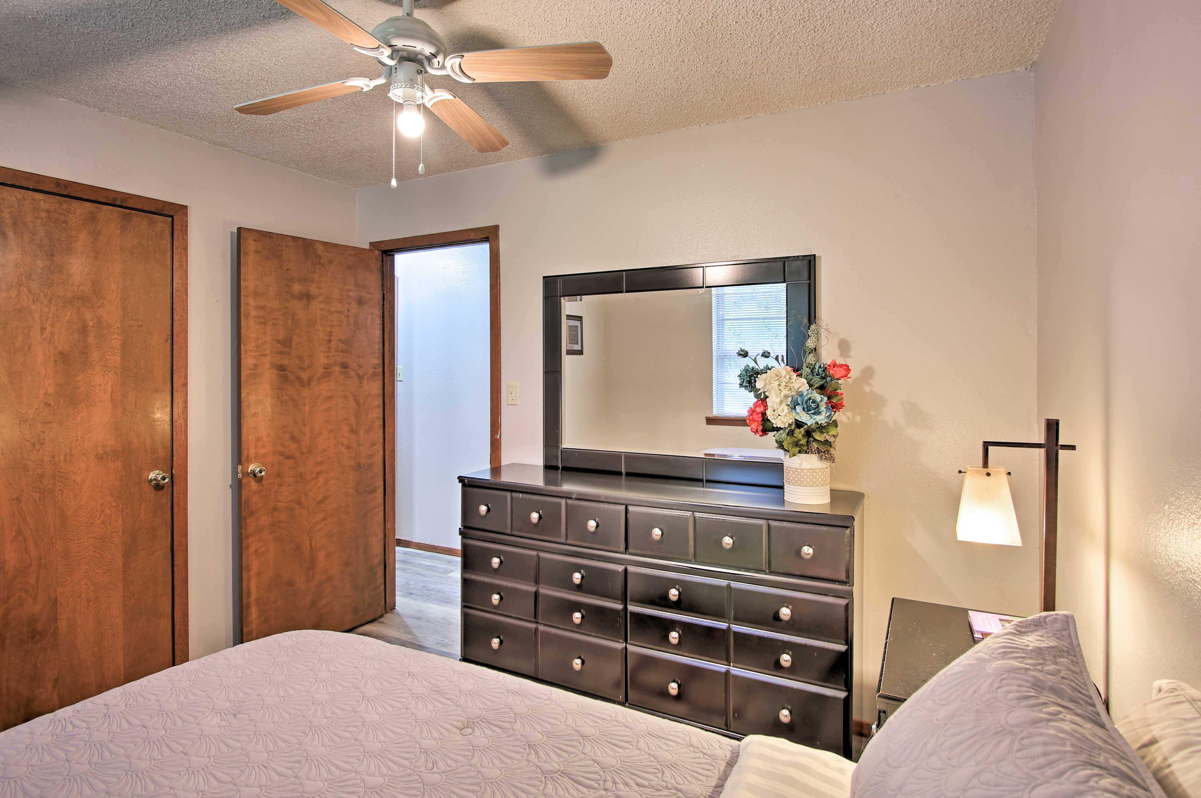 The closet and dresser provide plenty of space for you to store your clothing.