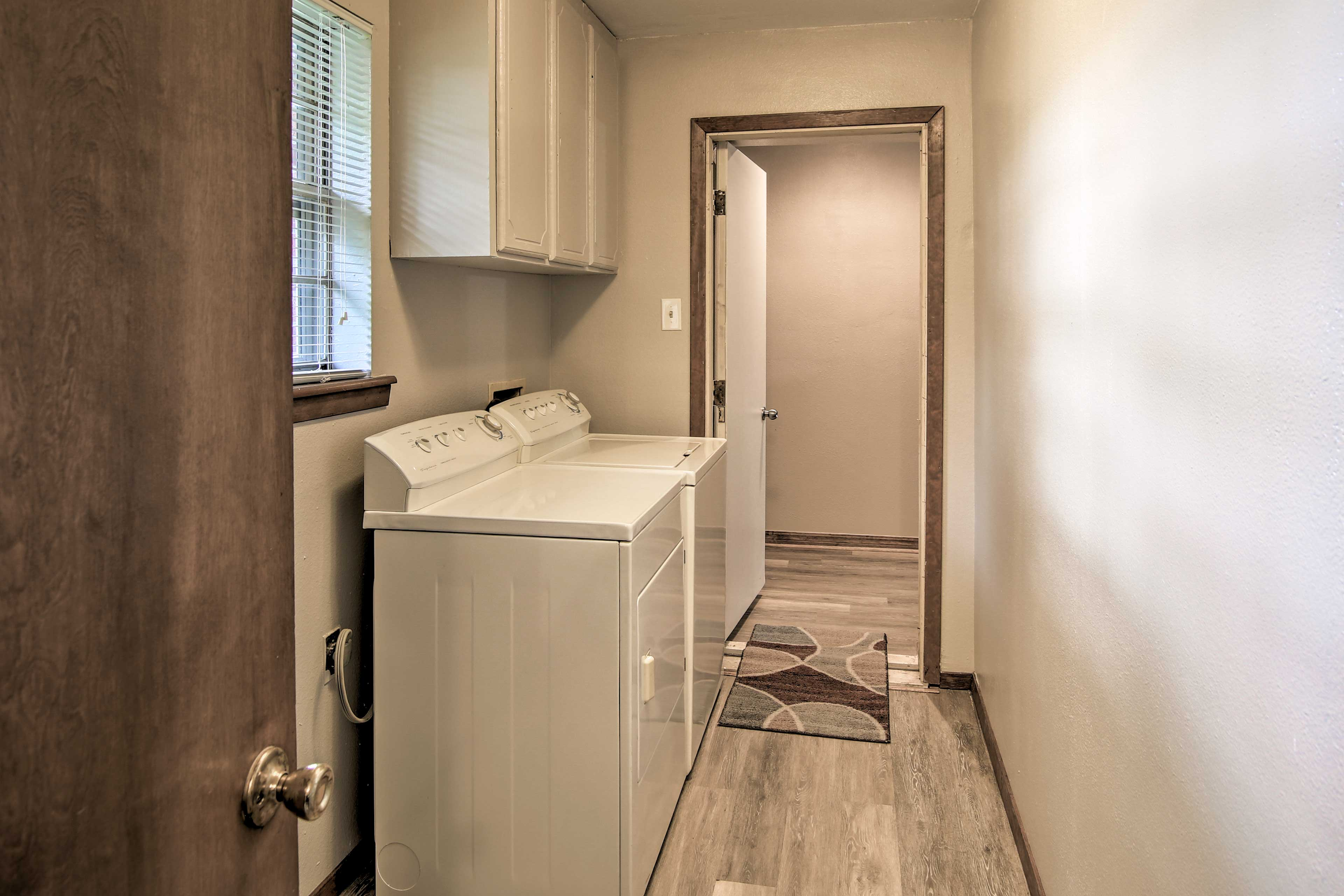 Keeping your clothing clean will be a breeze with the washer and dryer.